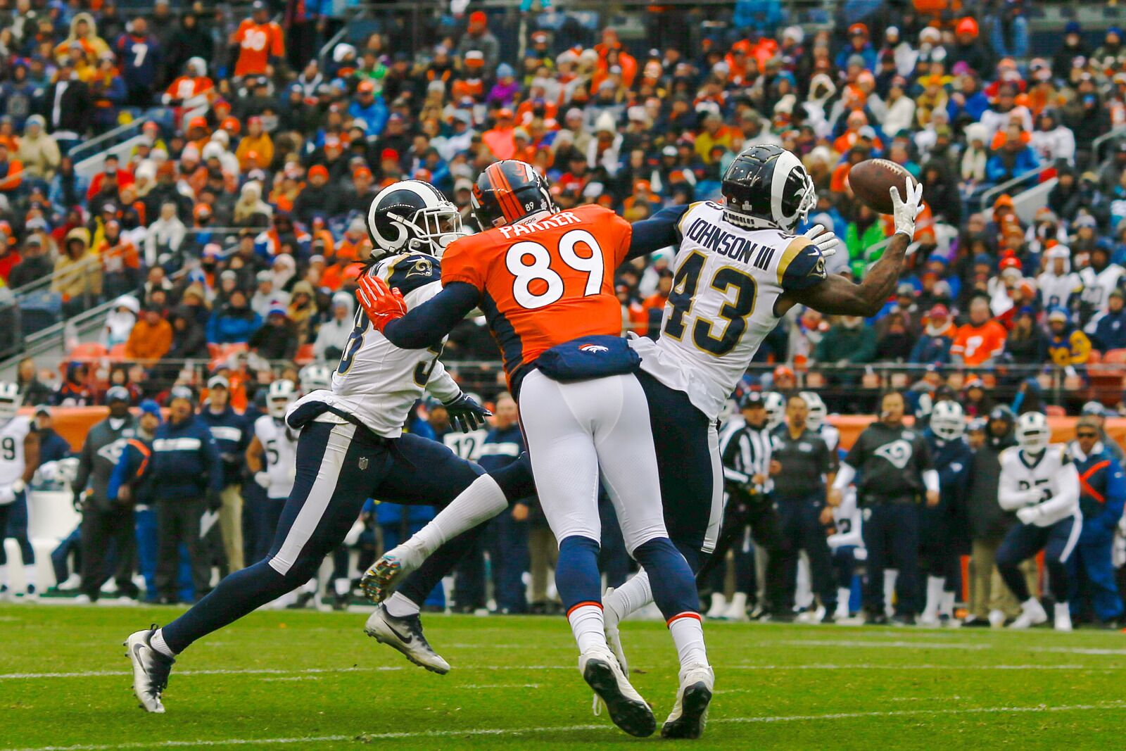 56a27b90 Available tight ends the Denver Broncos could consider