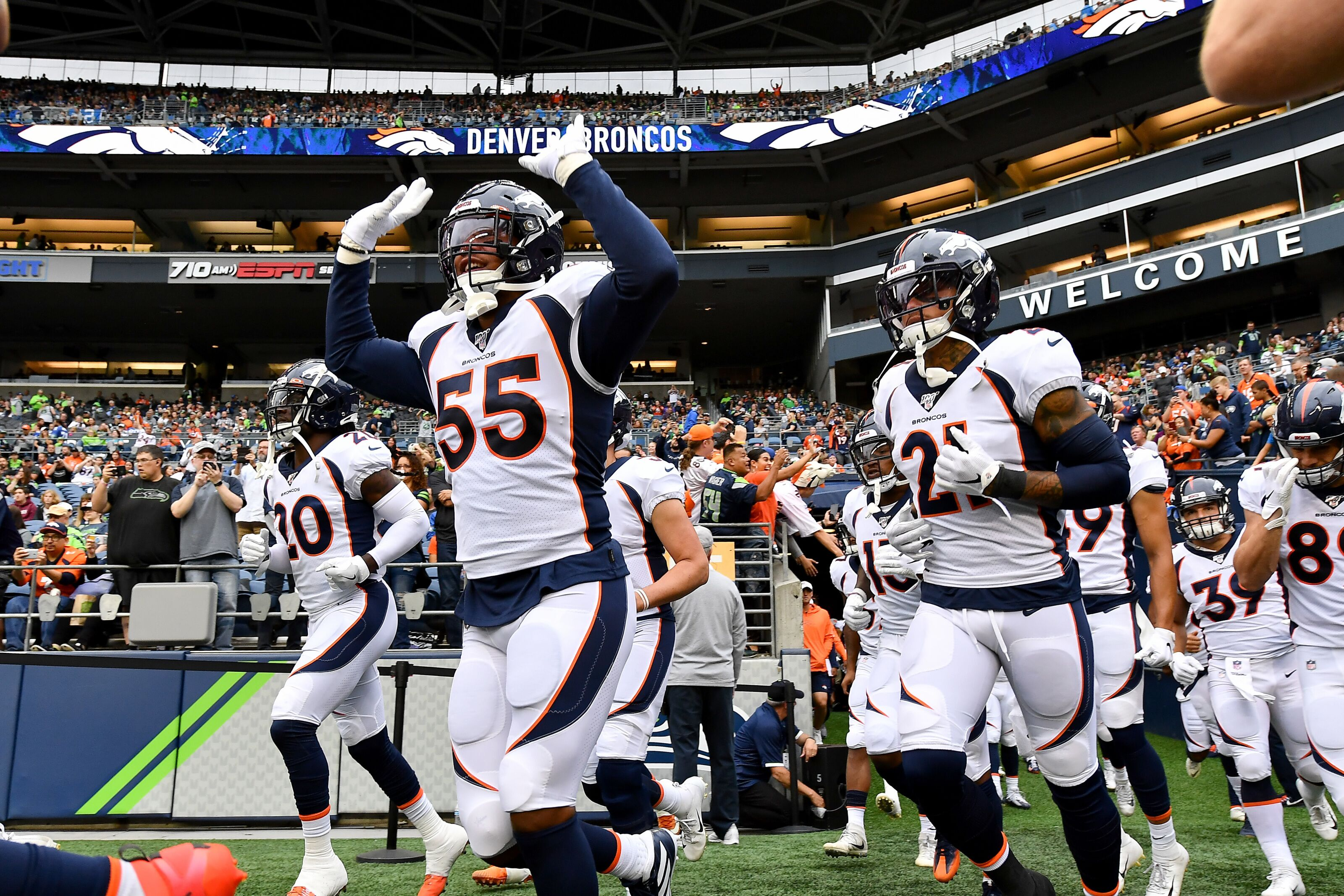 Denver Broncos: Defense wins the day in first 49ers practice