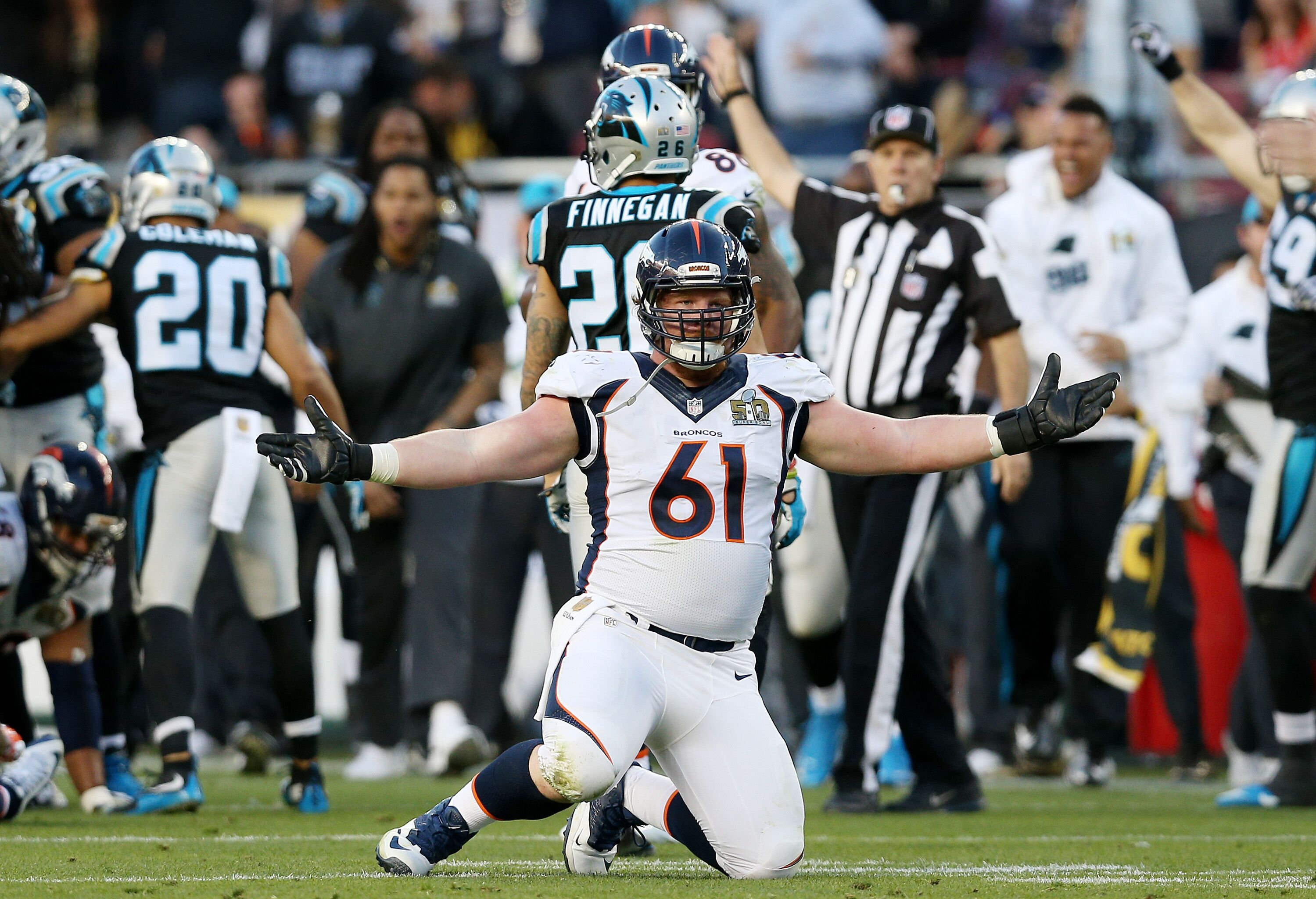 508985414-super-bowl-50-carolina-panthers-v-denver-broncos.jpg