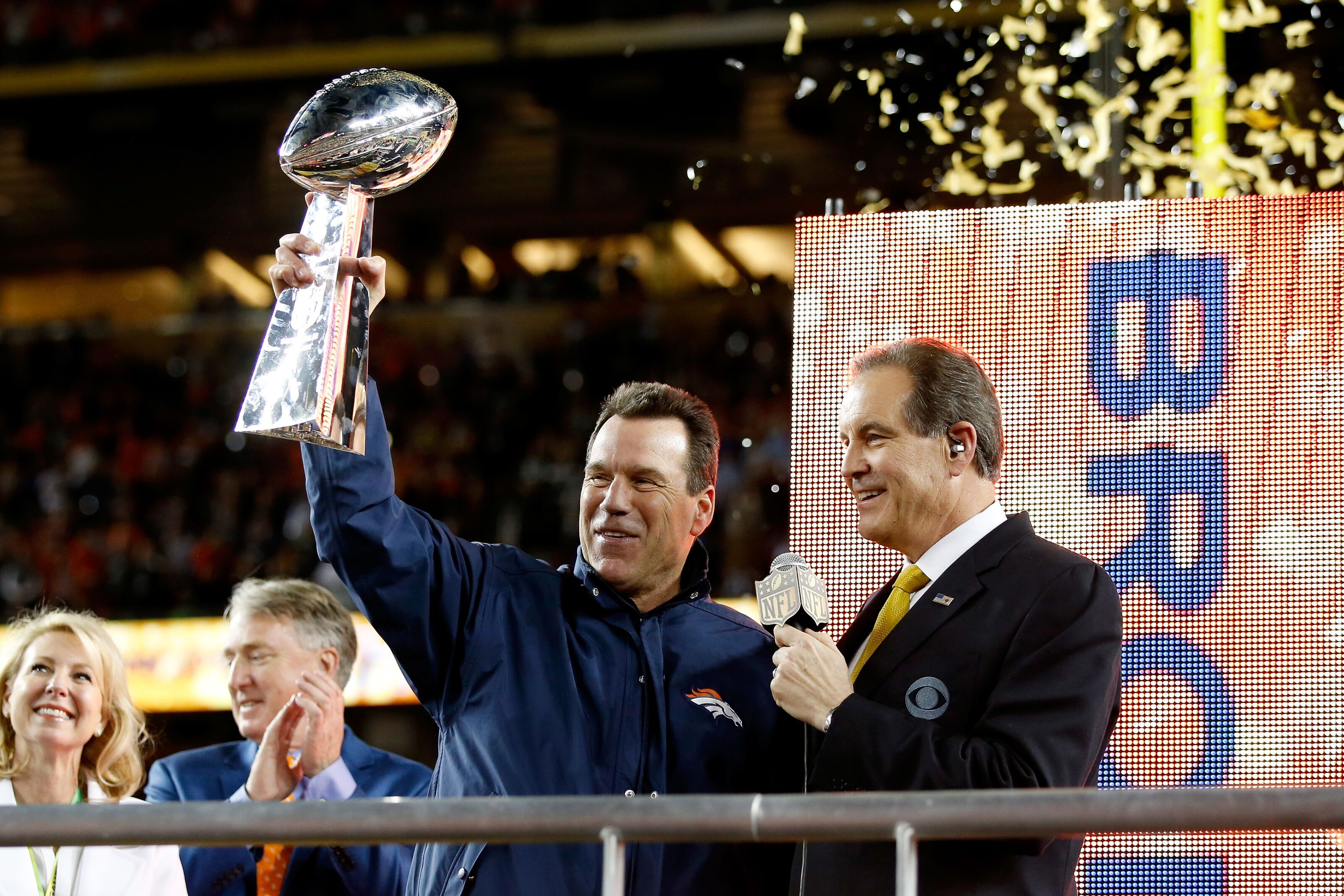 508990646-super-bowl-50-carolina-panthers-v-denver-broncos.jpg