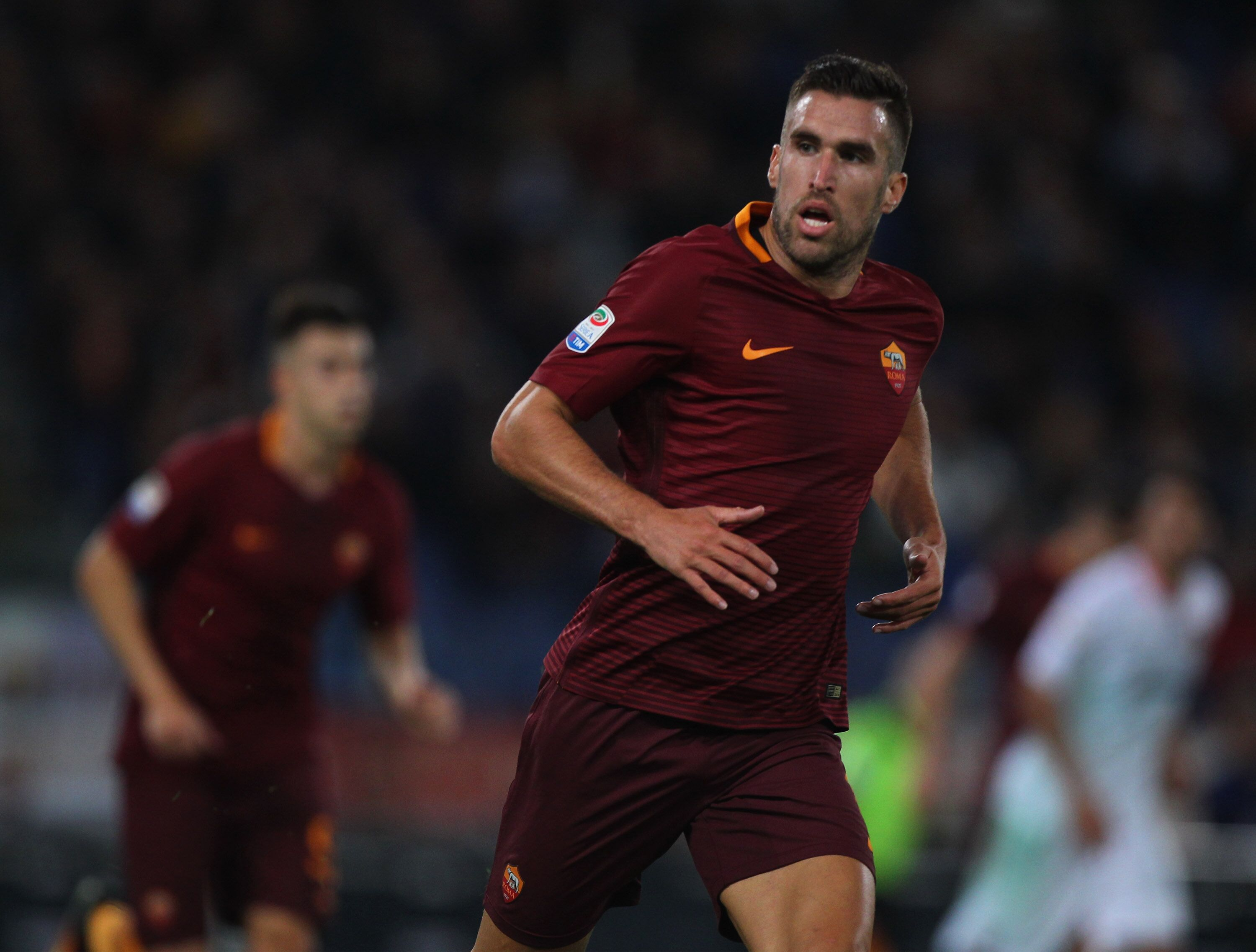 Why signing Kevin Strootman would be a mistake
