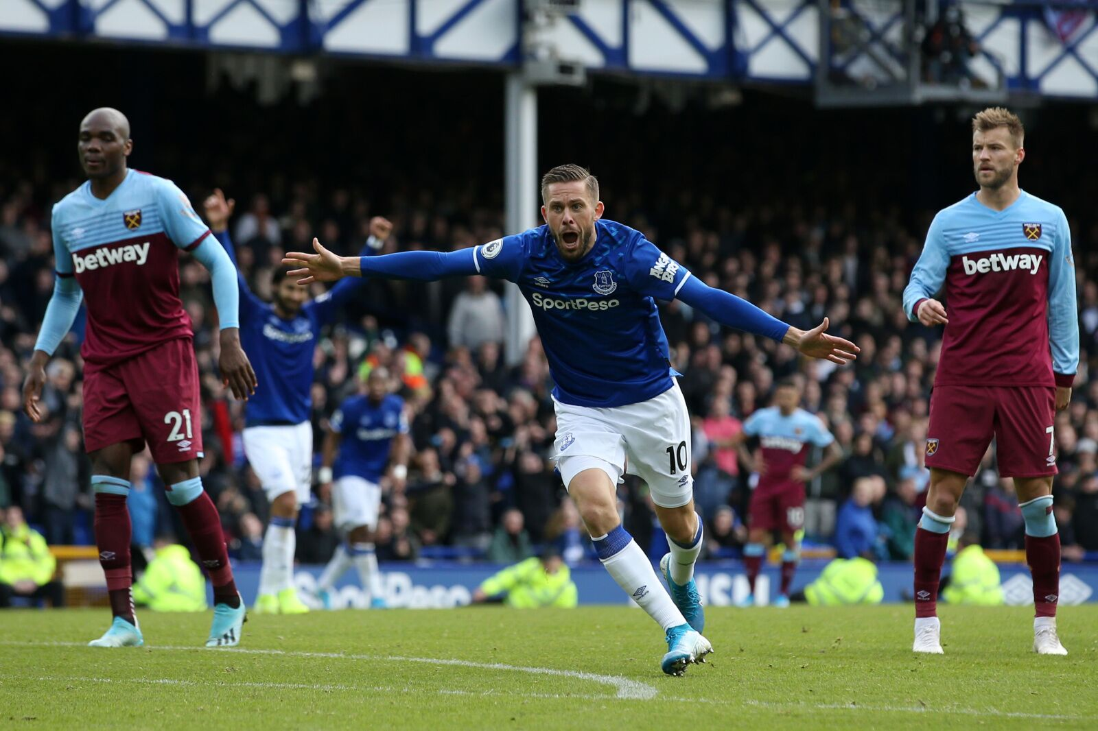 Win gives Everton board and boss breathing space