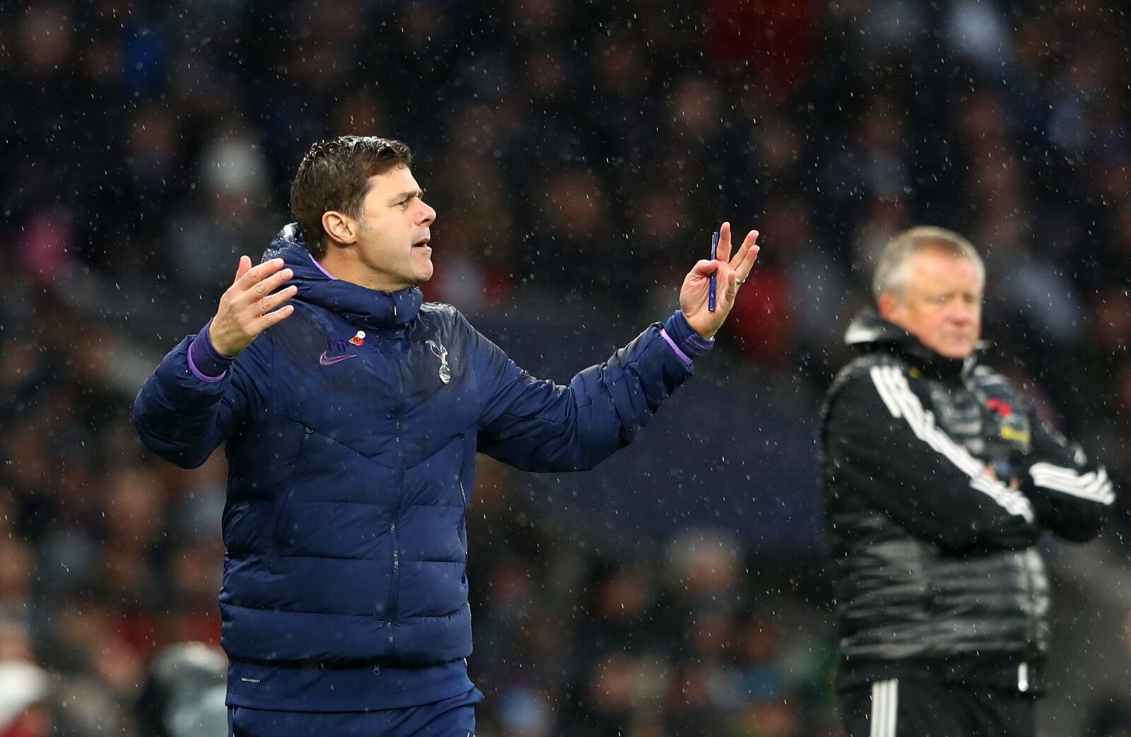 Spurs board show Everton the way
