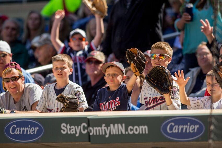 a personal recount of being a minnesota twins fan According to minnesota state law, if a ballot is damaged or defective and cannot be read by an electronic tabulating machine on election day prior to the recount, both campaigns agreed to count originals instead of duplicates but lawyers for the coleman campaign claim that about 150 duplicate.
