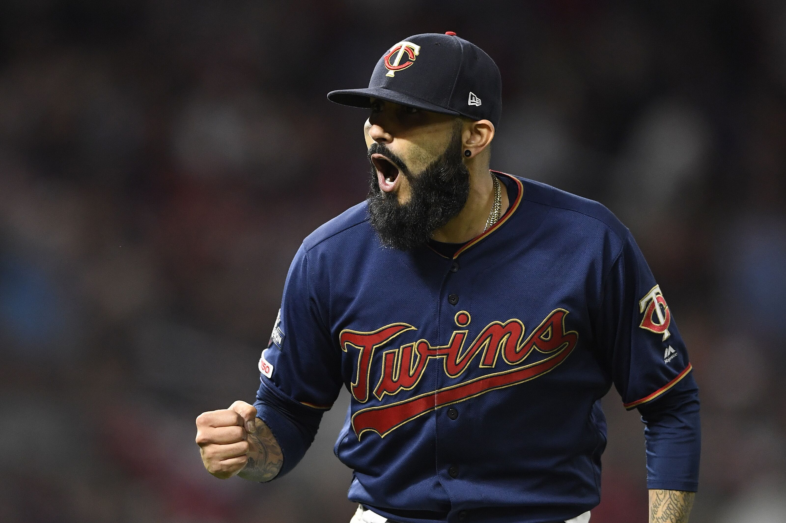 Twins reportedly interested in bringing back Sergio Romo