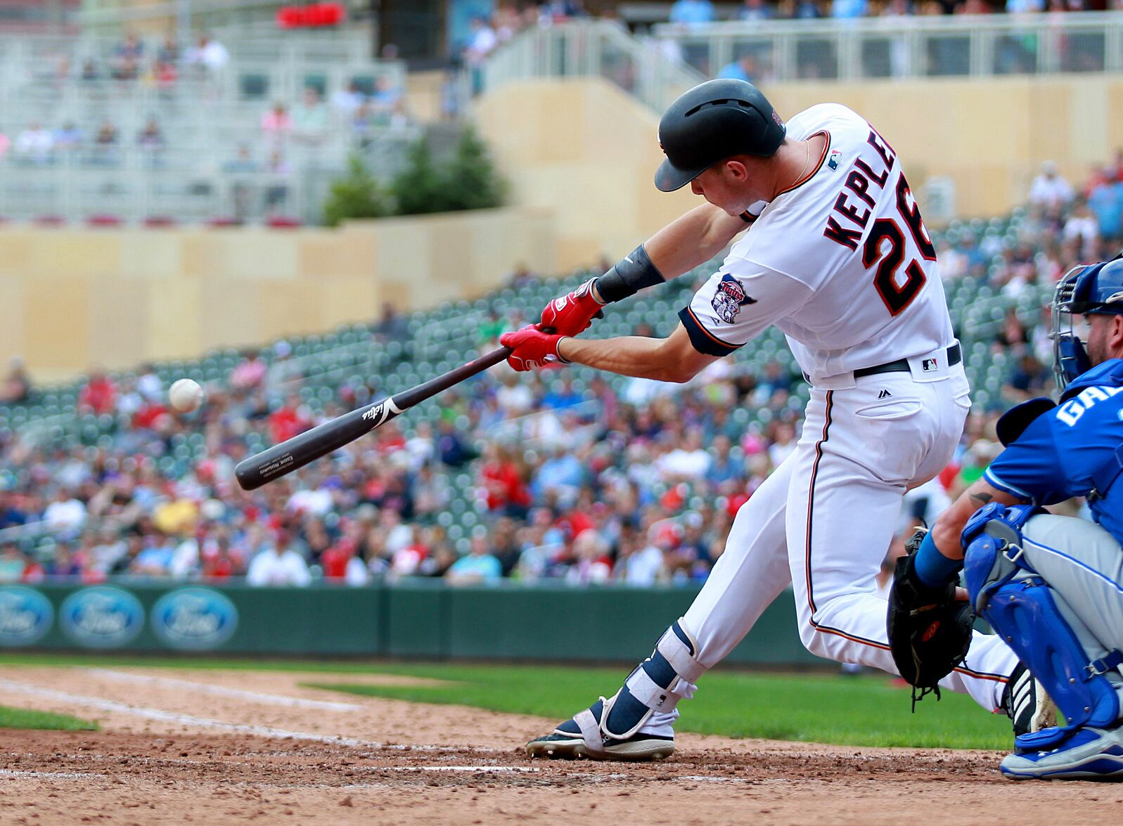 cb6db393669 MINNEAPOLIS, MN – SEPTEMBER 9: Minnesota Twins' Max Kepler hits a double  against the Kansas City Royals in the ninth inning during their baseball  game on ...
