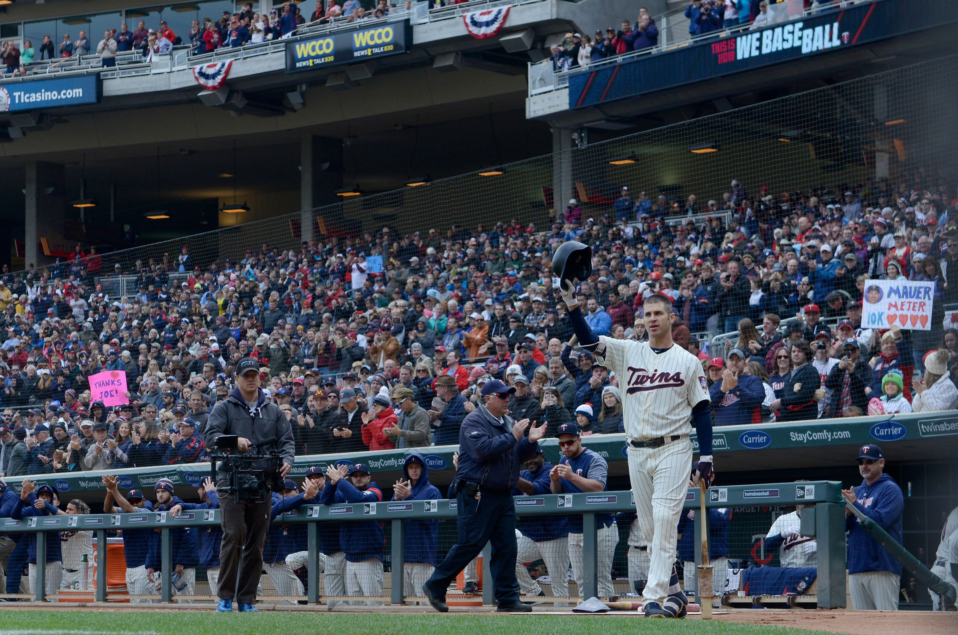 Minnesota Twins If This Is It Joe Mauer Exits The Game