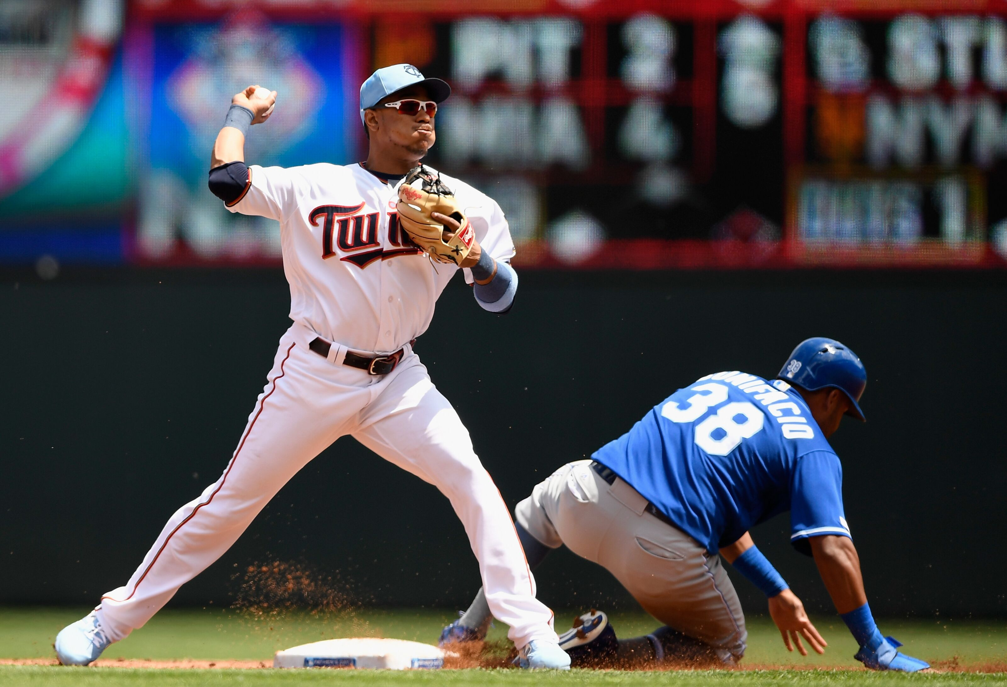 Minnesota Twins Postgame Report: Twins can't get big hit in loss to Royals
