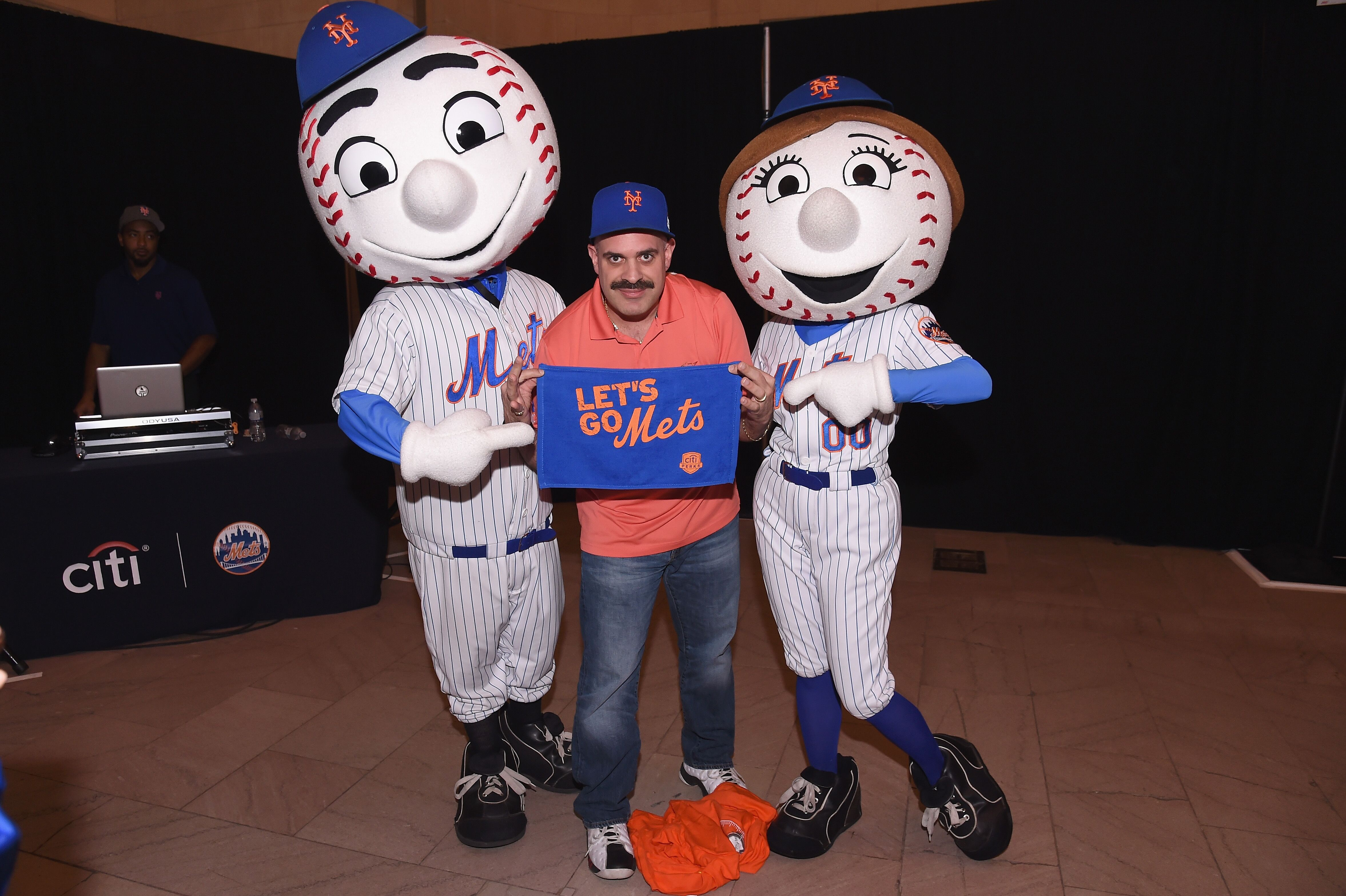 661734656-citi-celebrates-the-start-of-the-new-york-mets-season-with-the-lets-go-mets-fan-rally-at-grand-central-terminal.jpg
