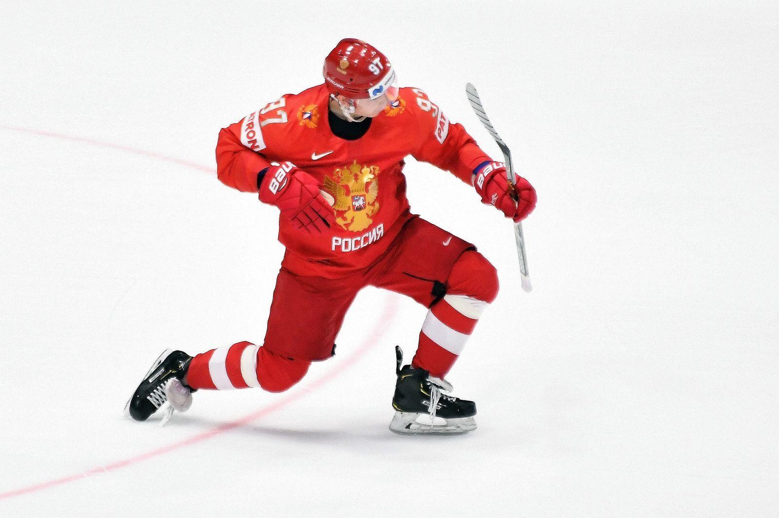 Vegas Golden Knights: Keeping Nikita Gusev is imperative