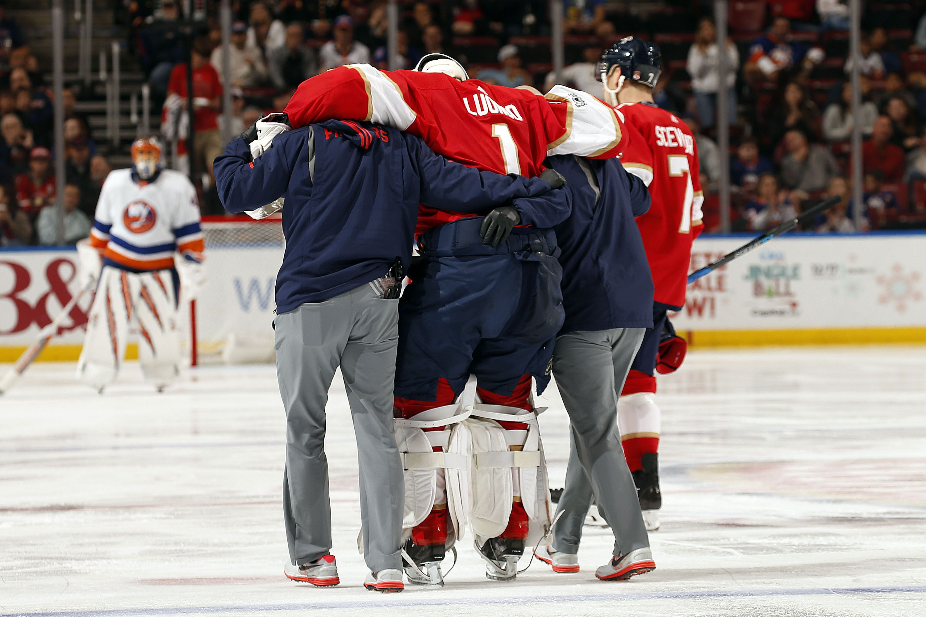 03680ce80f4 Florida Panthers injury update  Roberto Luongo listed as week to week