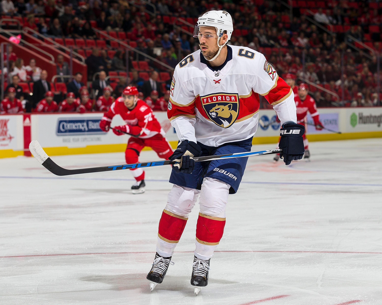 cdf8bebbba6 Florida Panthers Should Trade Alex Petrovic