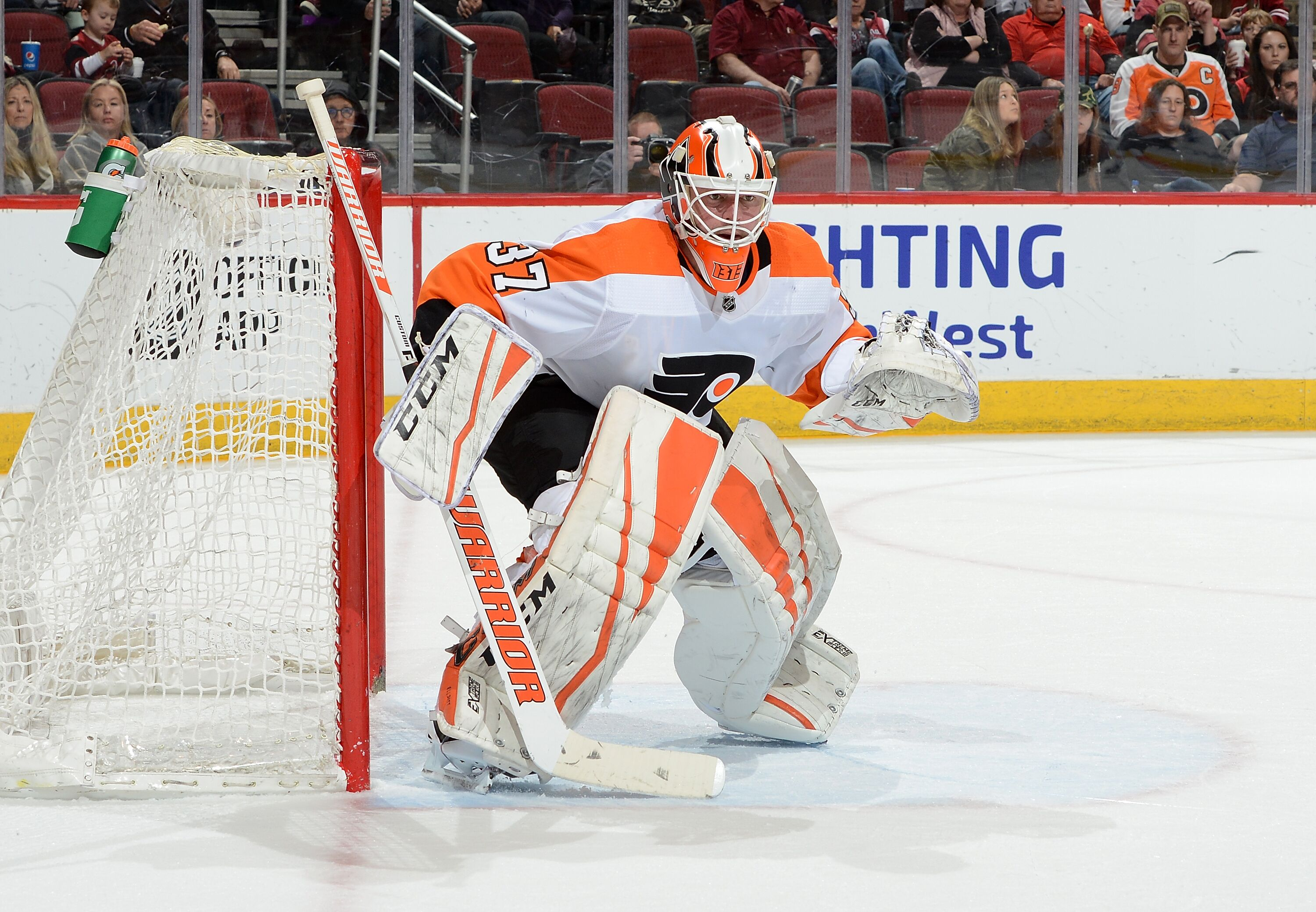 917767516-philadelphia-flyers-v-arizona-coyotes.jpg