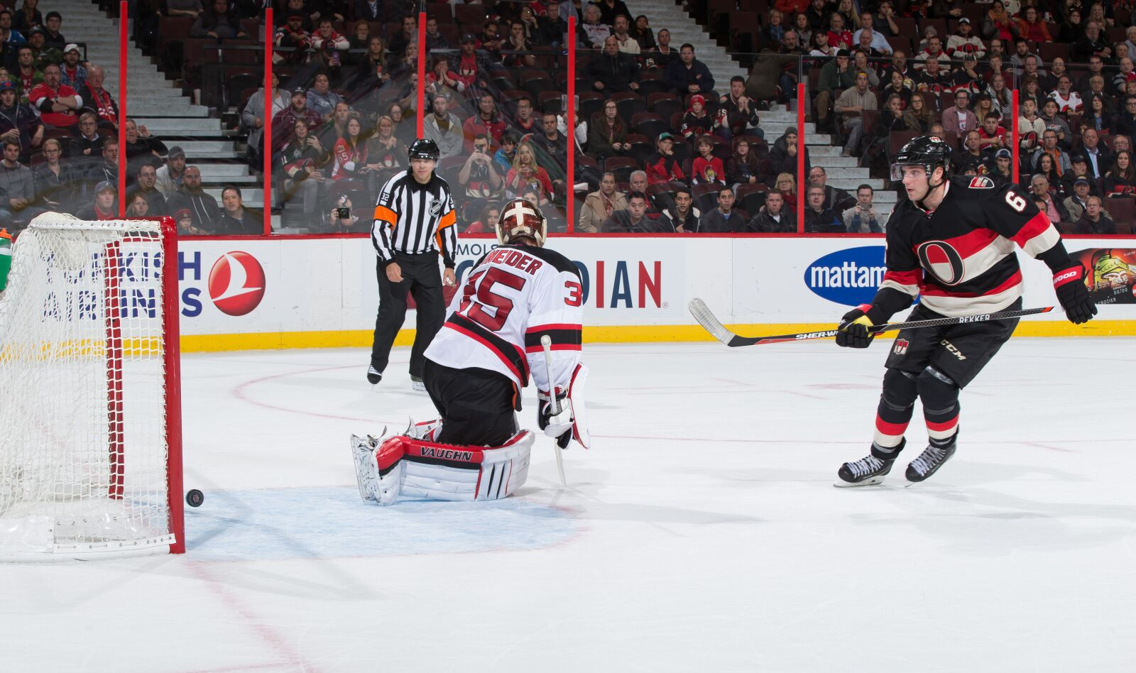 New Jersey Devils Should Consider Bobby Ryan Salary Dump Trade