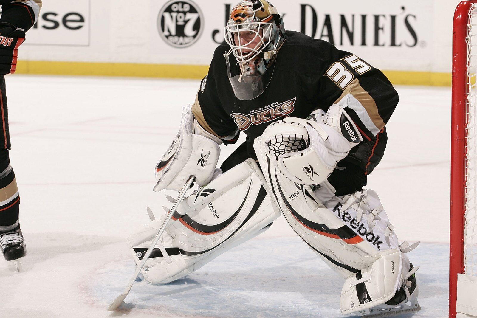 b7a129ddc Sunday Editorial  Anaheim Ducks should retire Giguere s  35 Jersey