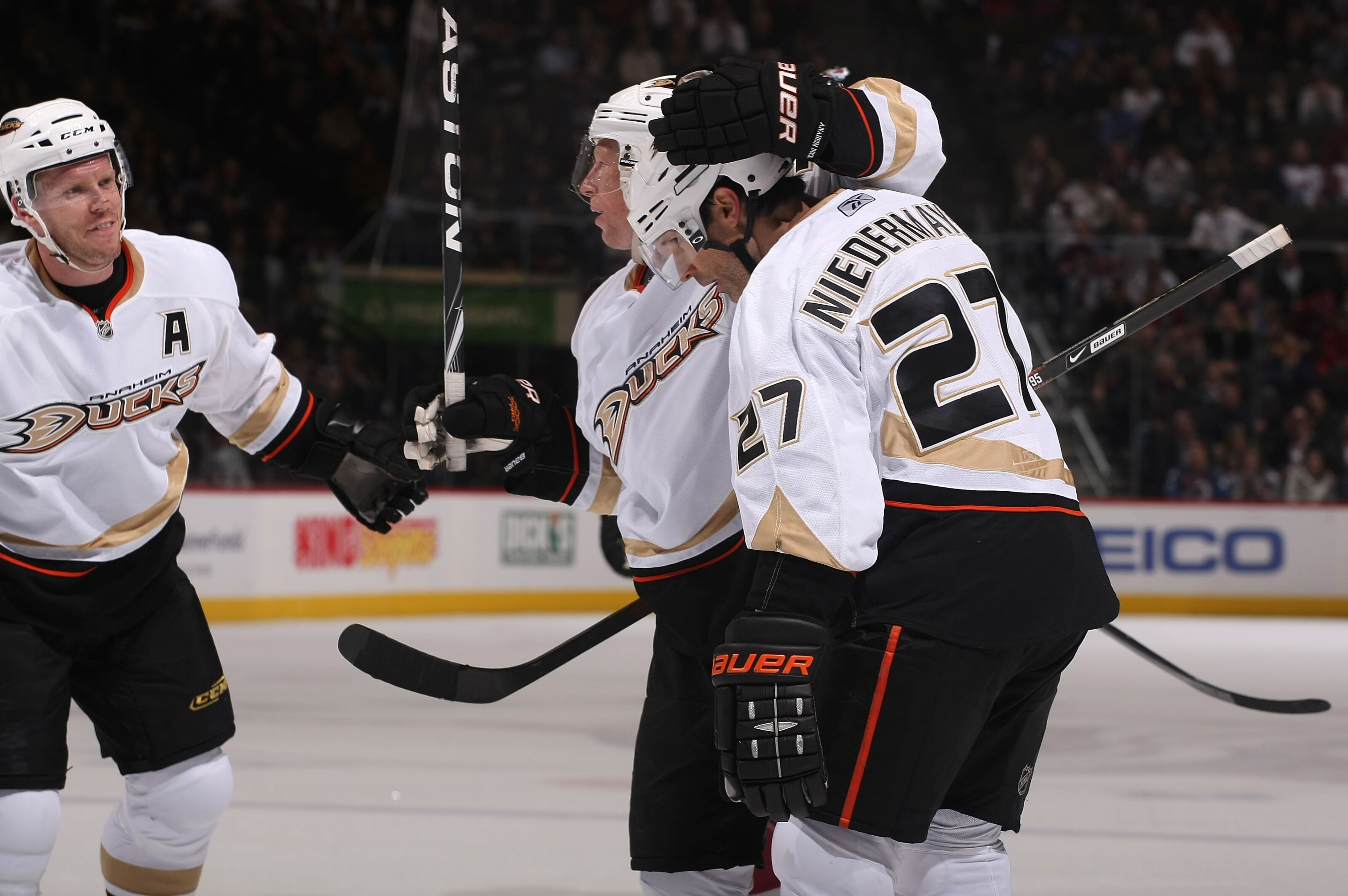0ab1f76e438 Anaheim Ducks Tales: Remembering Scott Niedermayer's Final NHL Goal