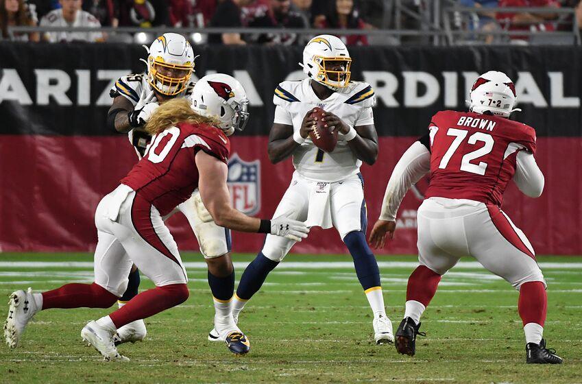 eac7f3c1 Arizona Cardinals need to sign another defensive end