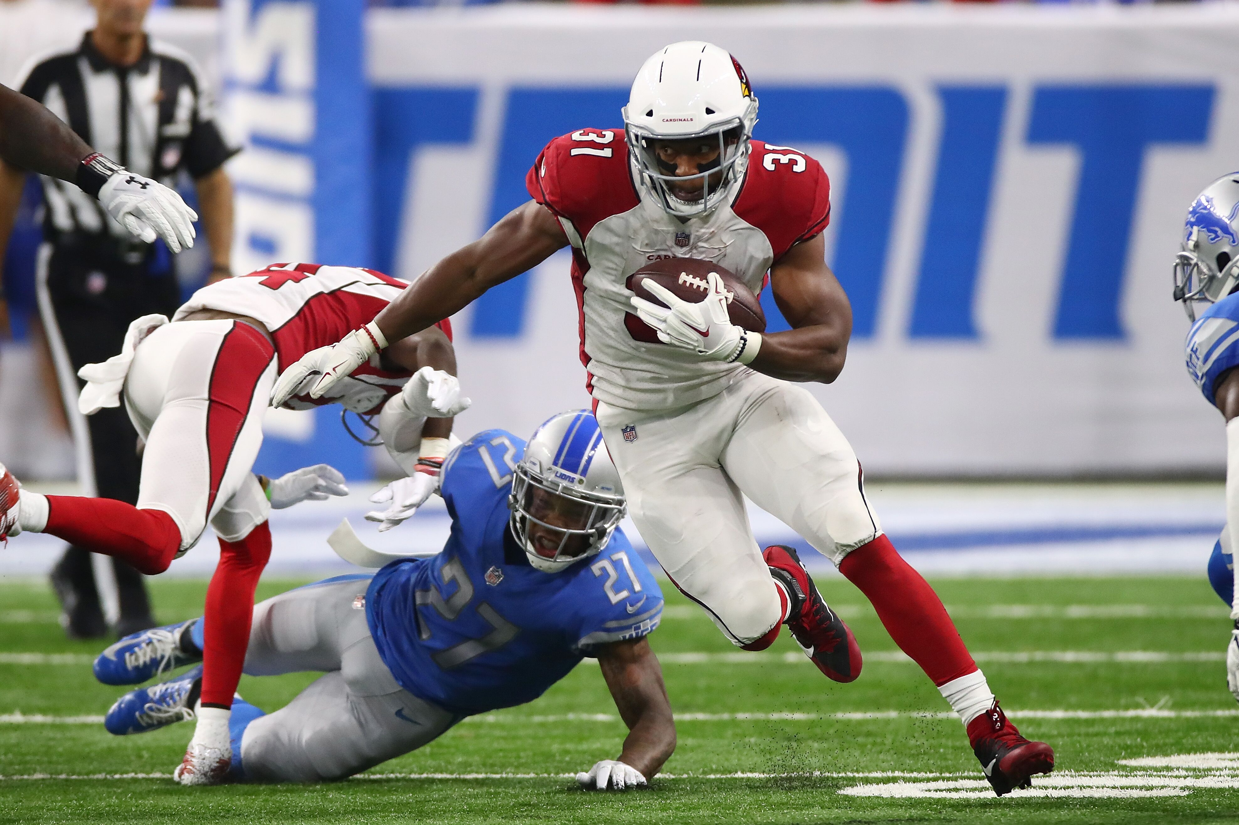 848435186-arizona-cardinals-v-detroit-lions.jpg