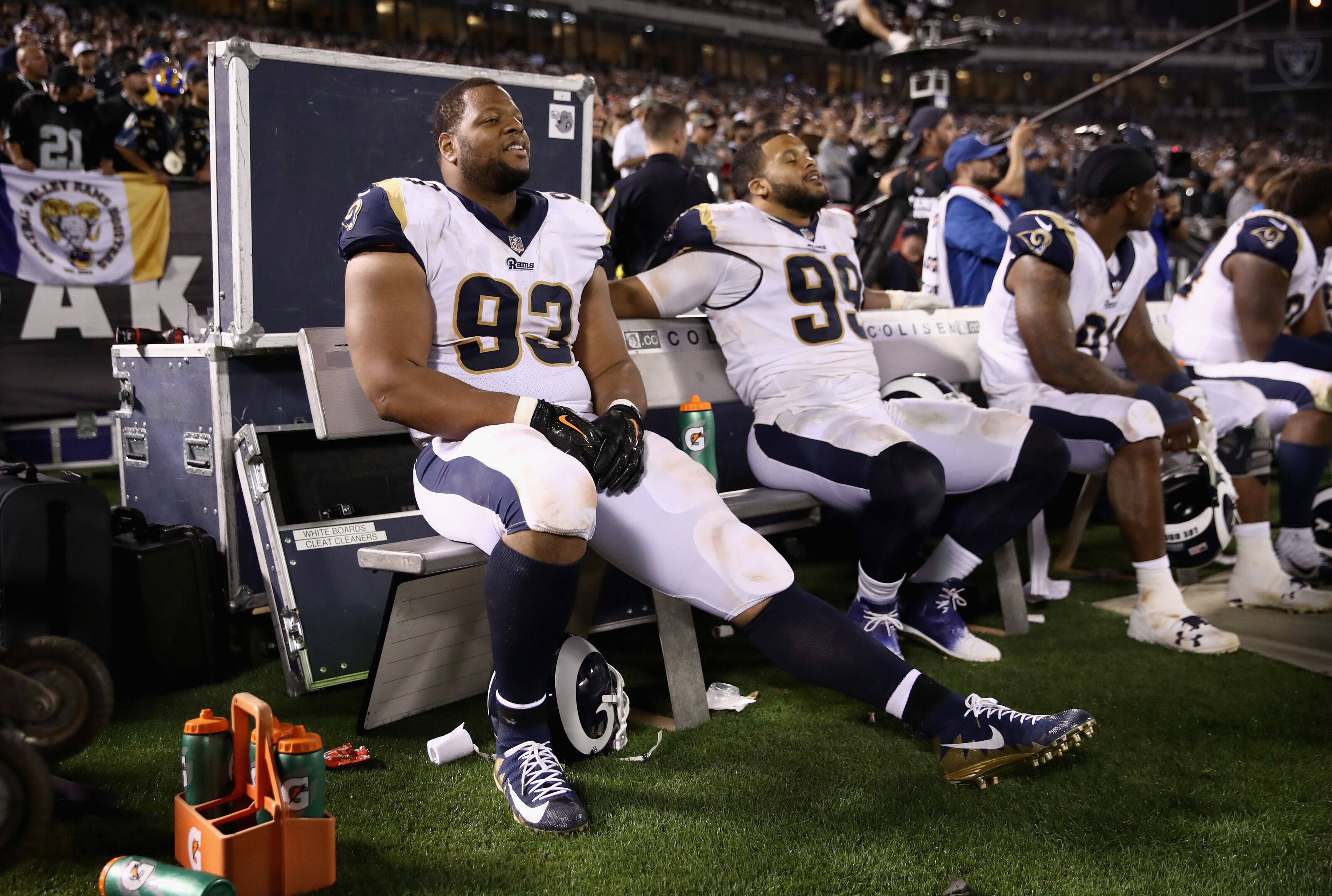 separation shoes e13dc 0720d Los Angeles Rams: Aaron Donald will be fine without ...