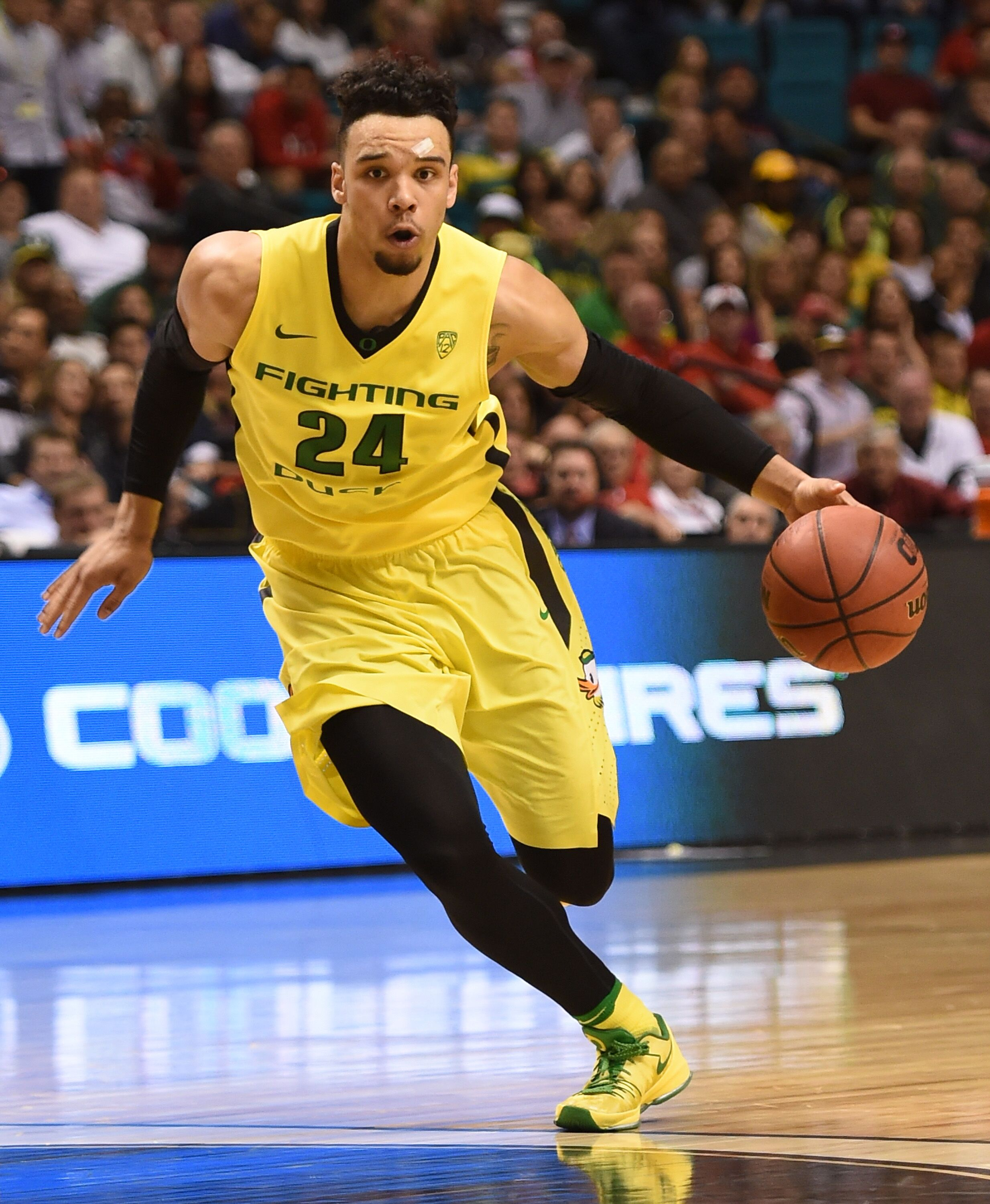Dillon Brooks signs with Memphis Grizzlies