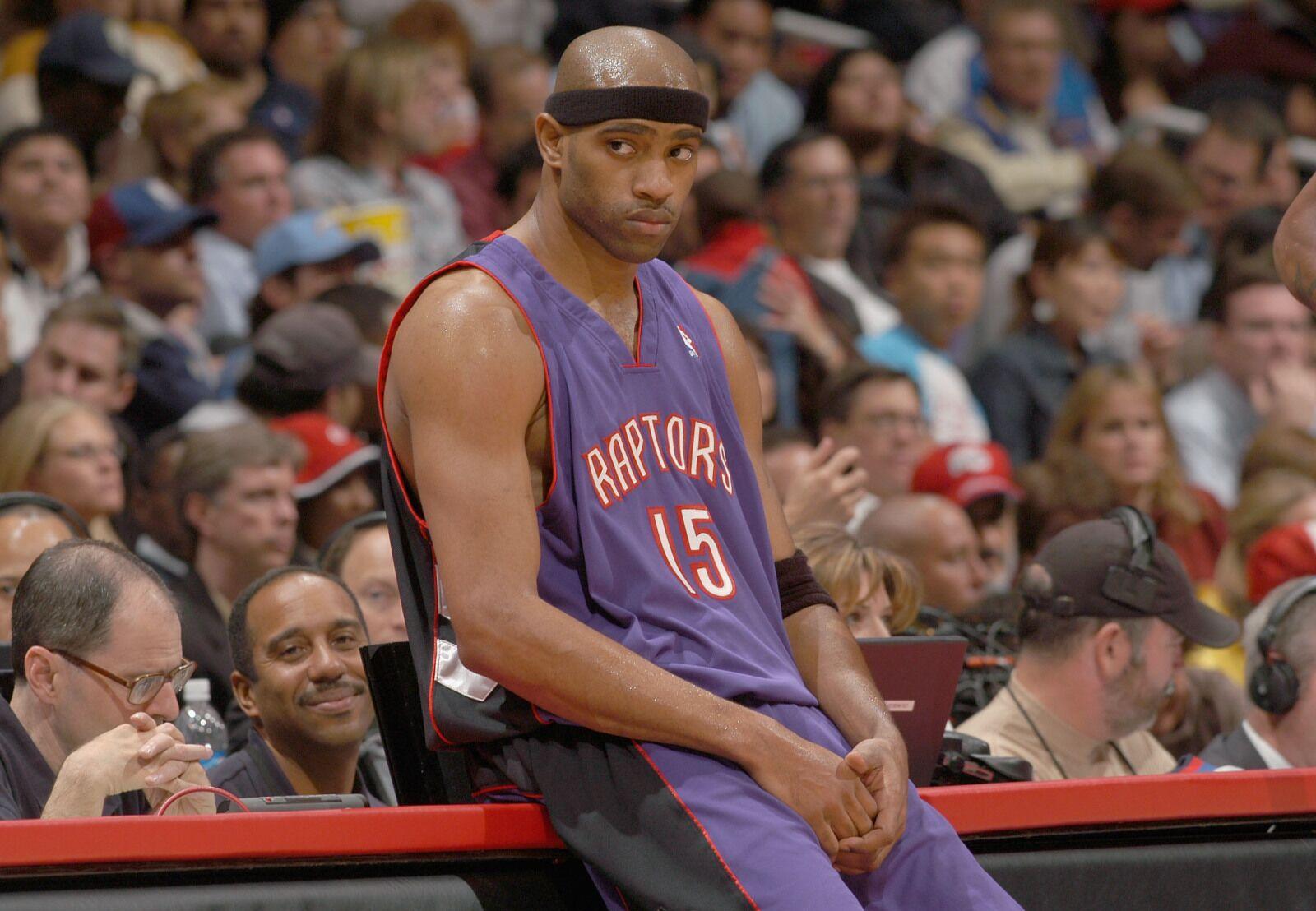 2e5f8c7b2 Toronto Raptors  23 days of history - Vince Carter traded to Brooklyn Nets