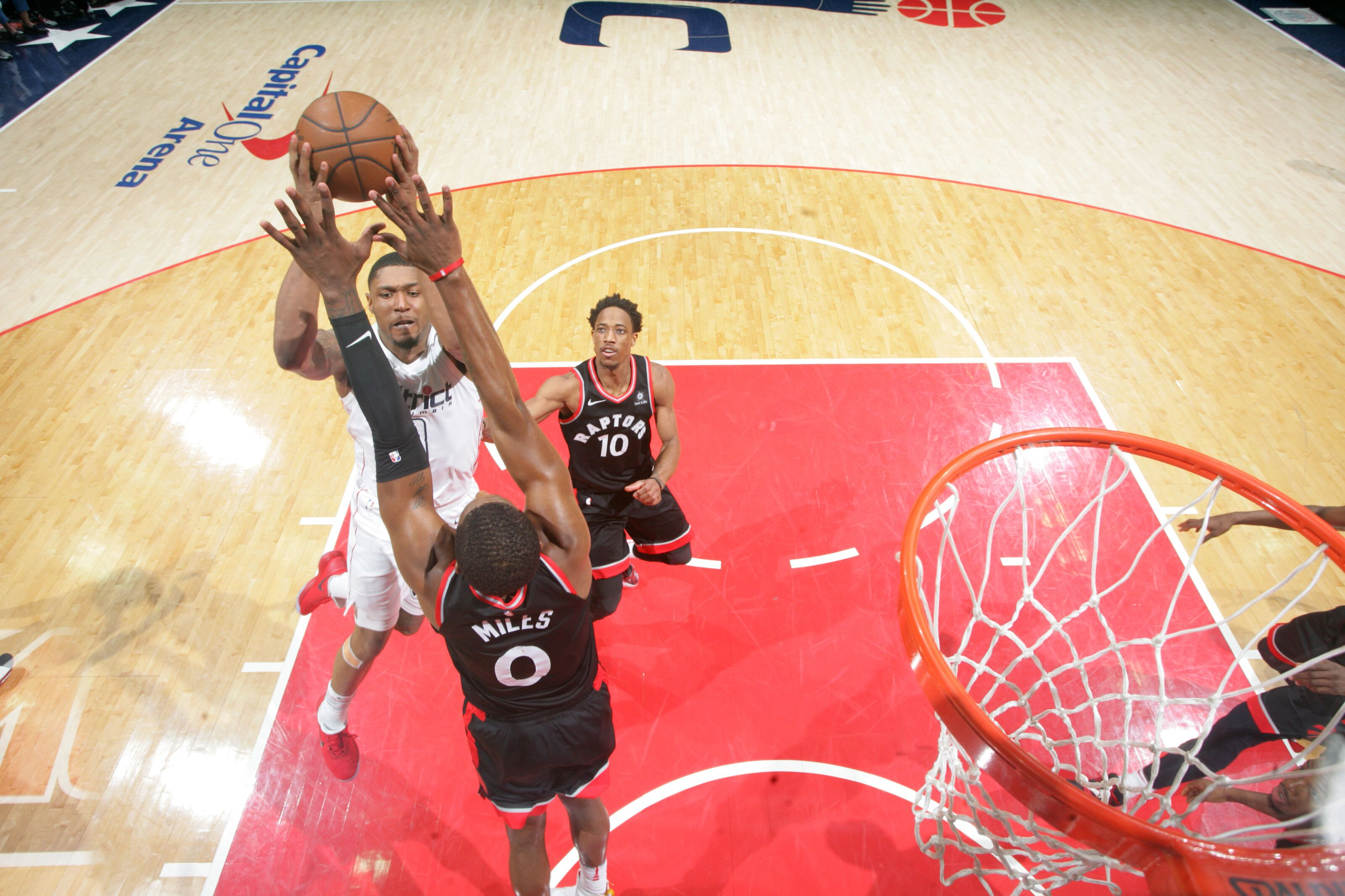 949297726-toronto-raptors-v-washington-wizards-game-three.jpg