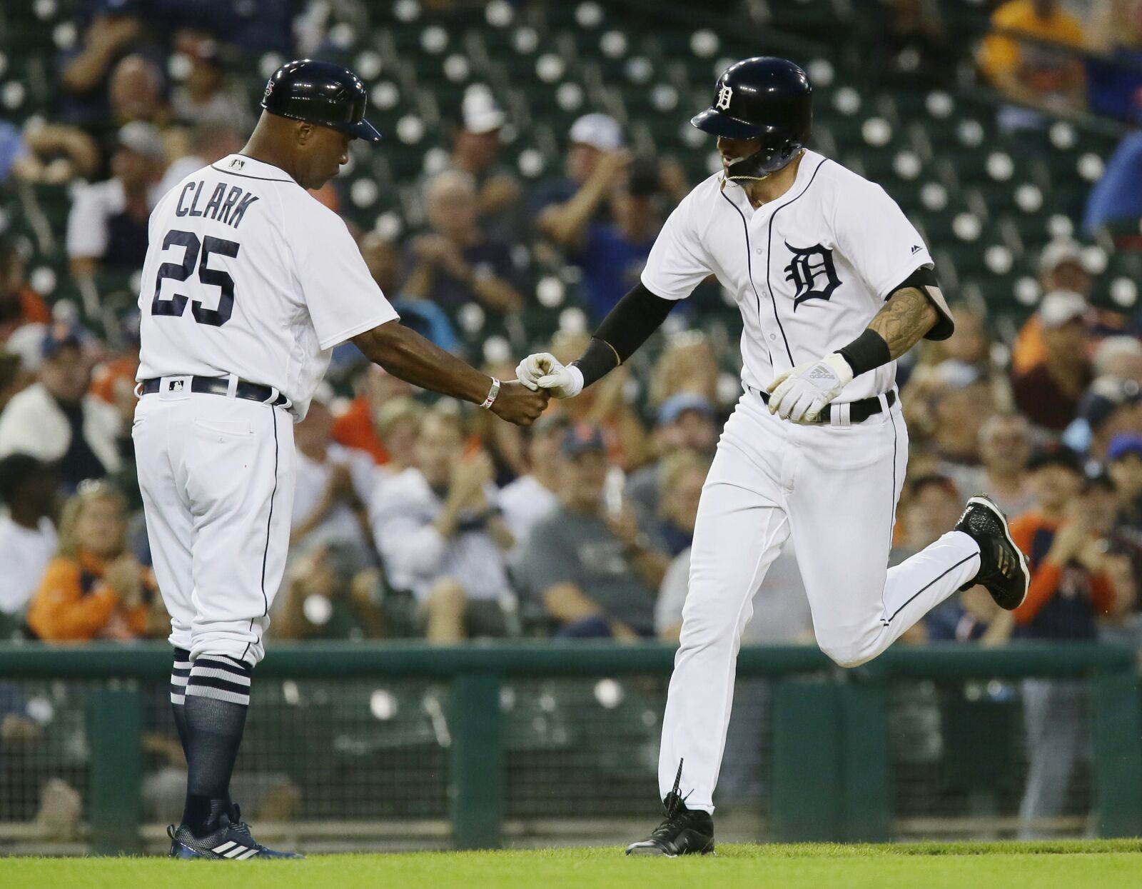 St. Louis Cardinals: Will Nicholas Castellanos be traded to the Cardinals?