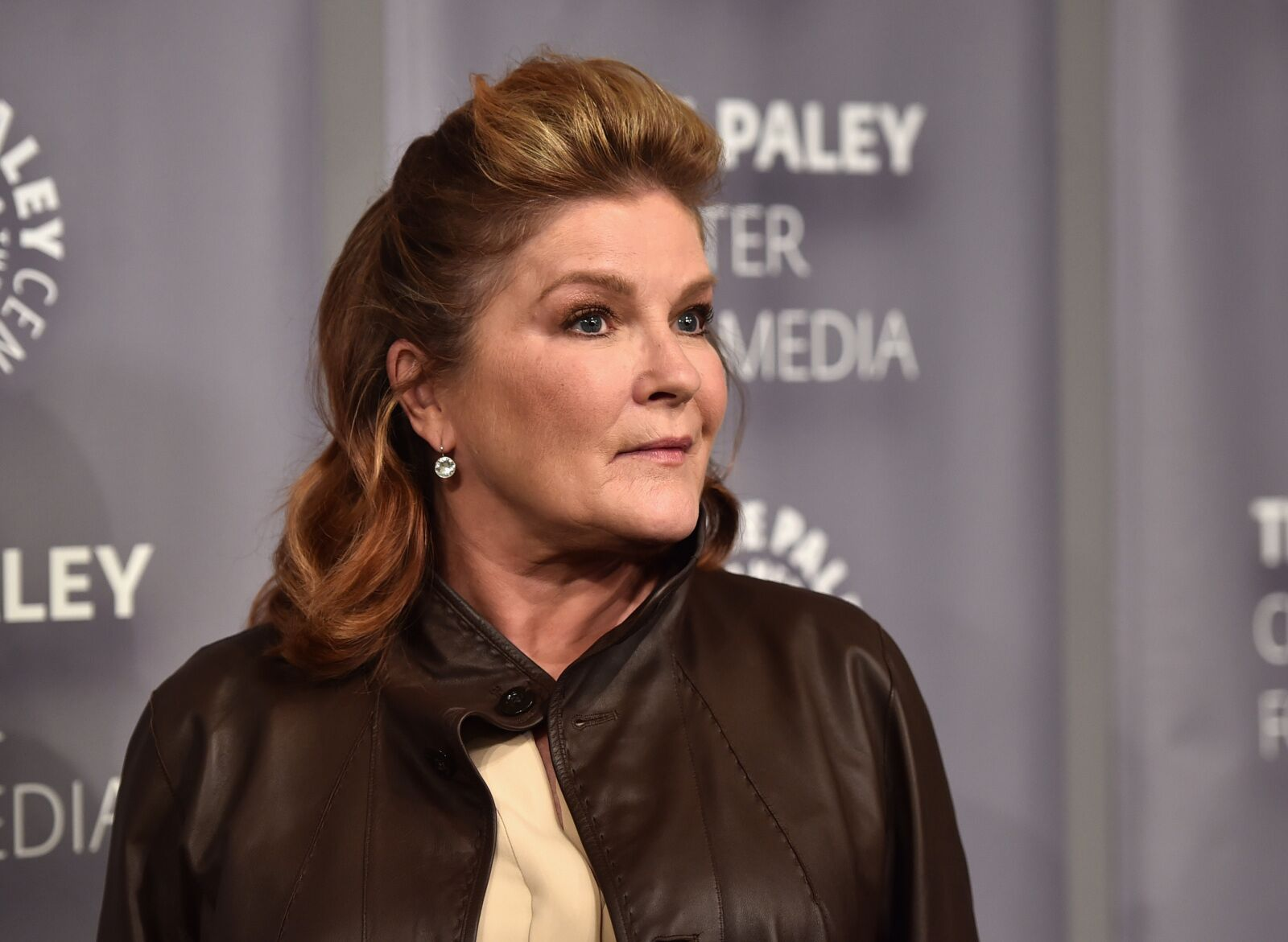 Kate Mulgrew not sure if she would want to play Janeway again