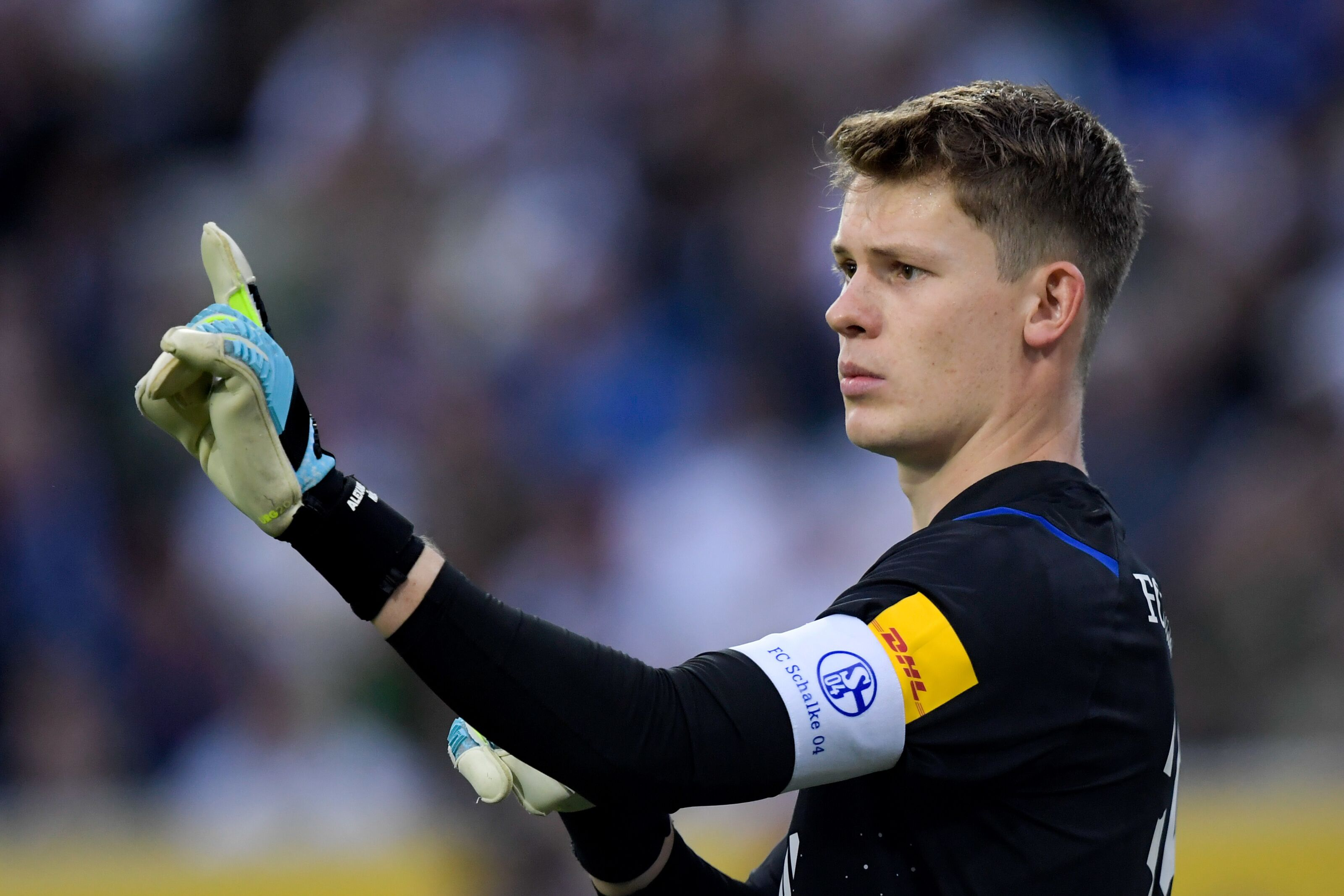 Schalke: Alexander Nubel counter shows steps are being made