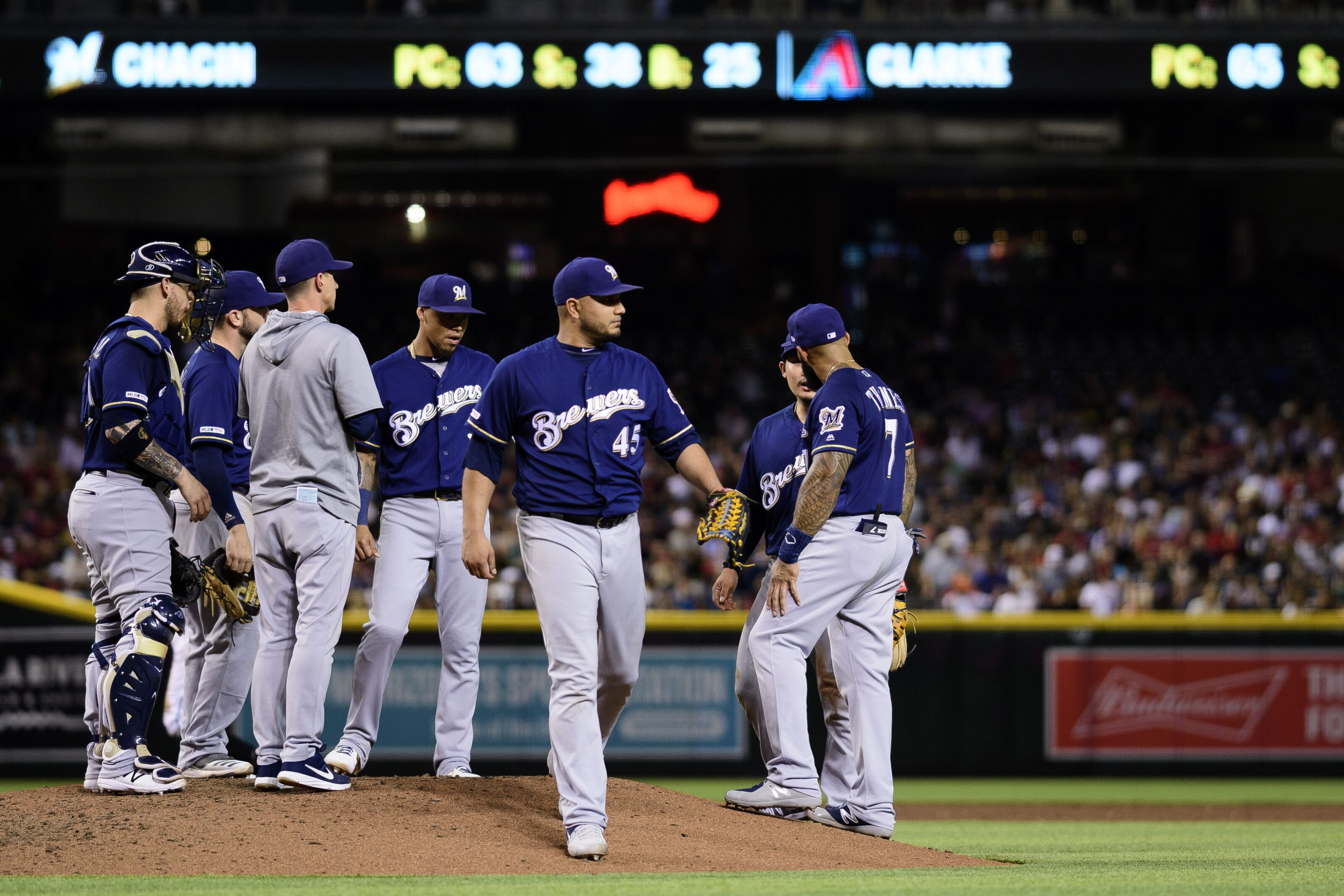 Milwaukee Brewers: Is it time to DFA Jhoulys Chacin?