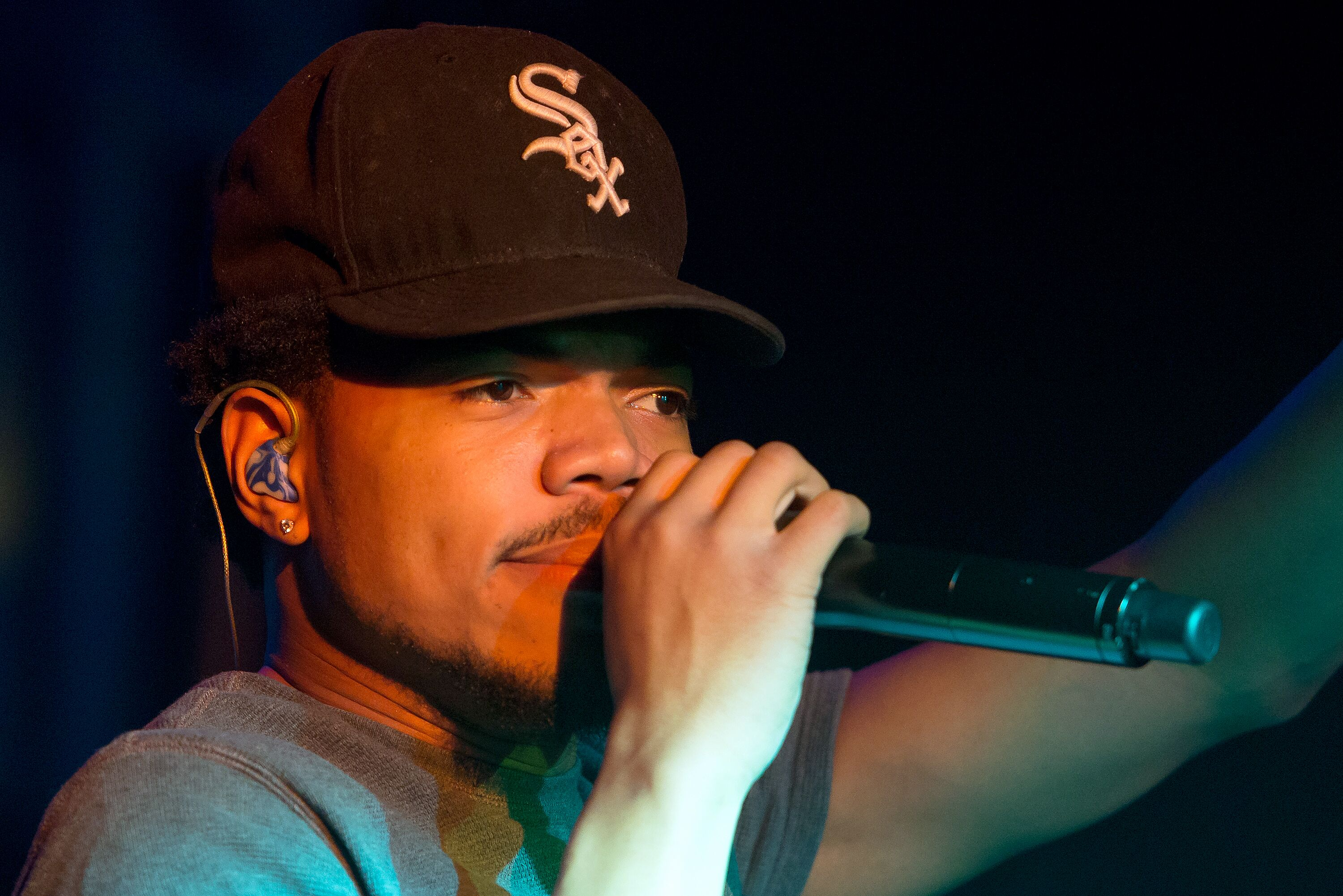 7e705c033 Chance The Rapper redesigns White Sox cap with New Era