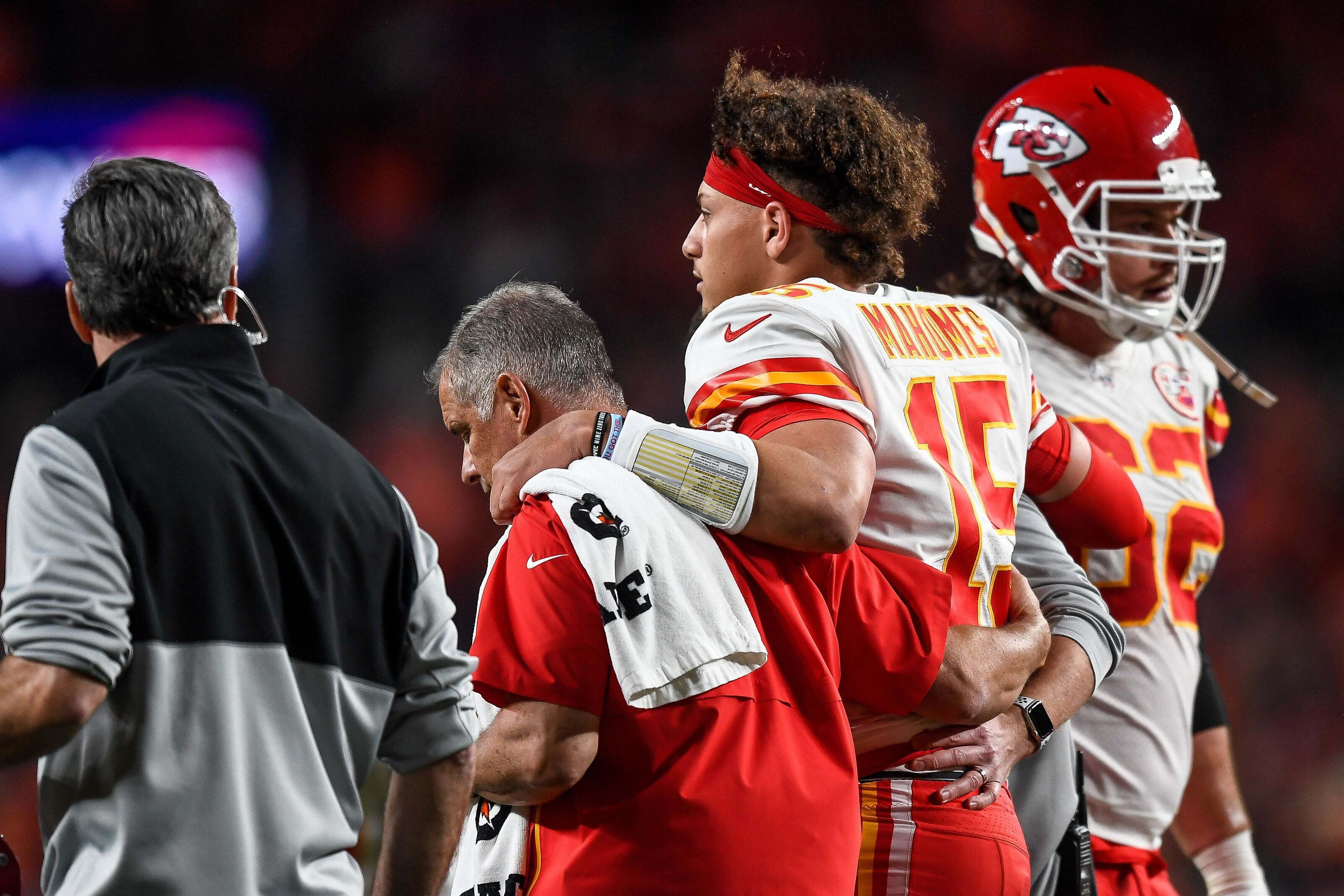 Redskins should call up Chiefs after Patrick Mahomes' injury
