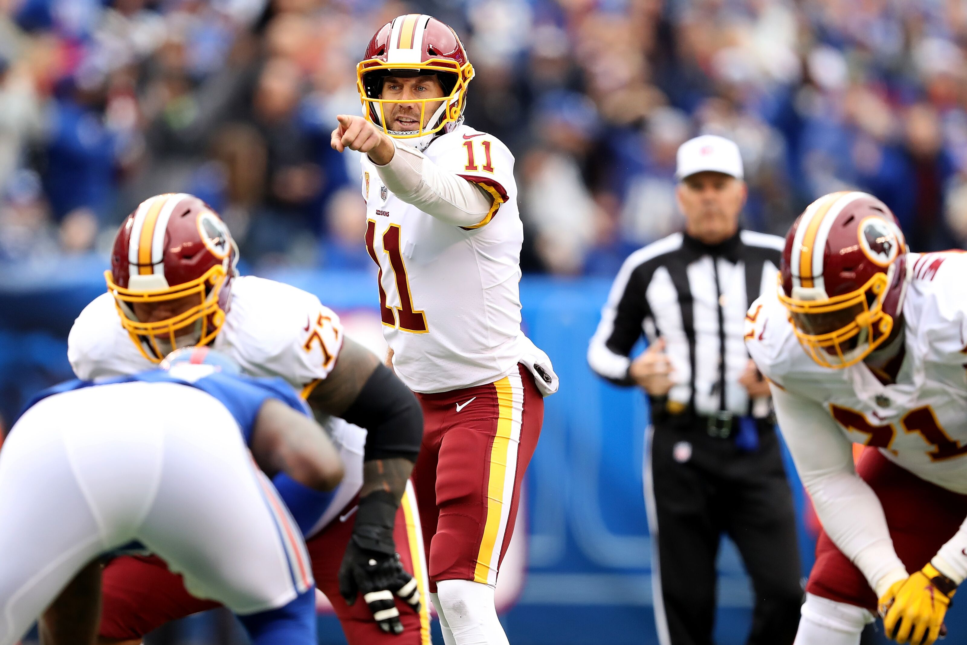 Alex Smith has leg brace removed eight months after leg injury