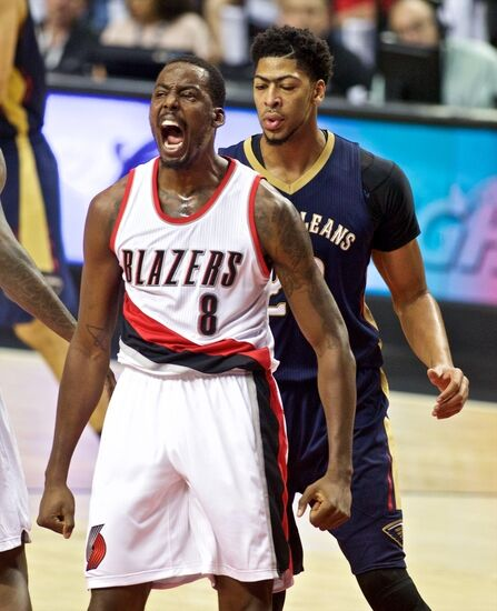 Blazers Roster 2015: Trail Blazers Opening Night Report Card