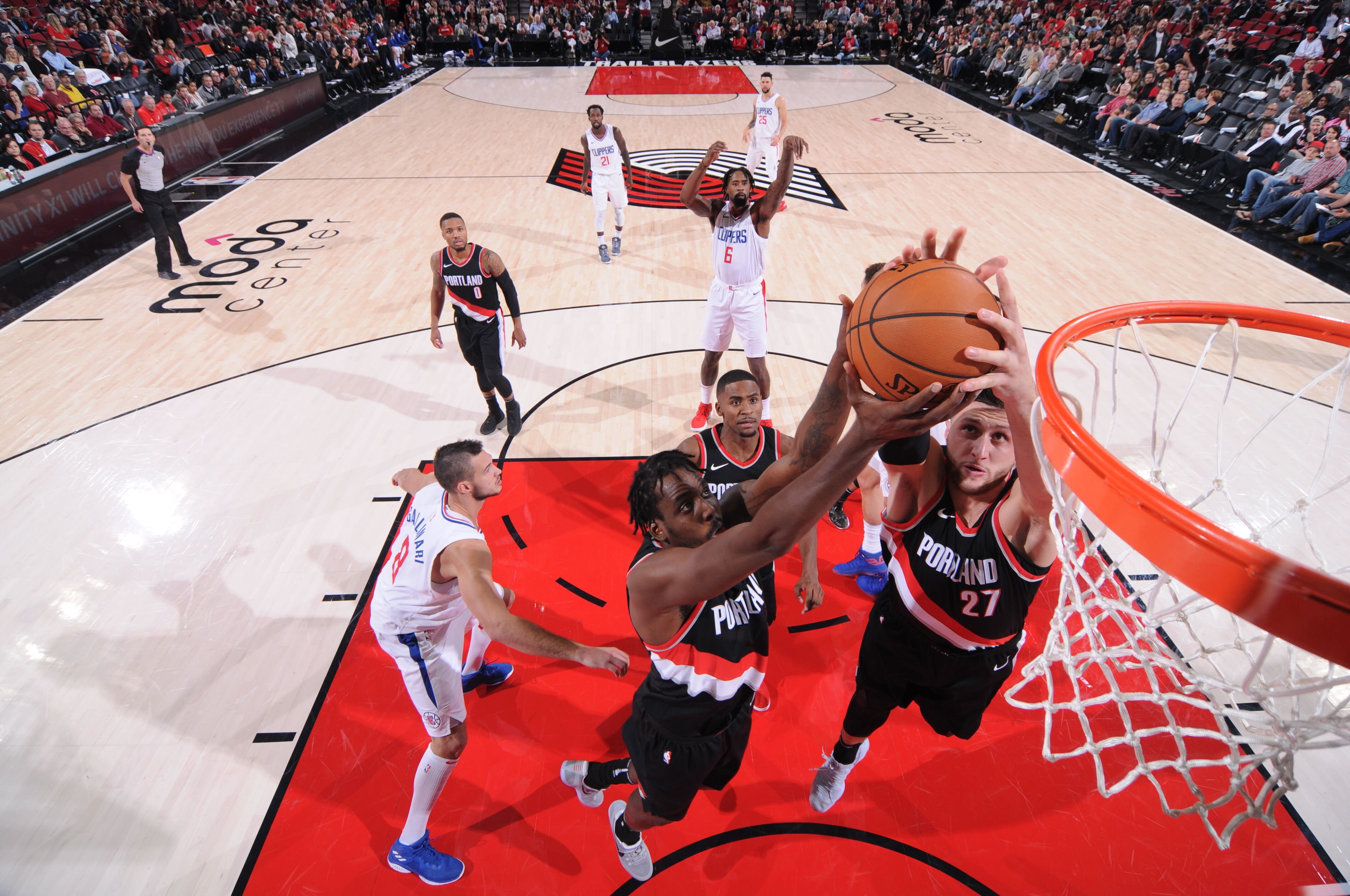 866888168-los-angeles-clippers-v-portland-trail-blazers.jpg