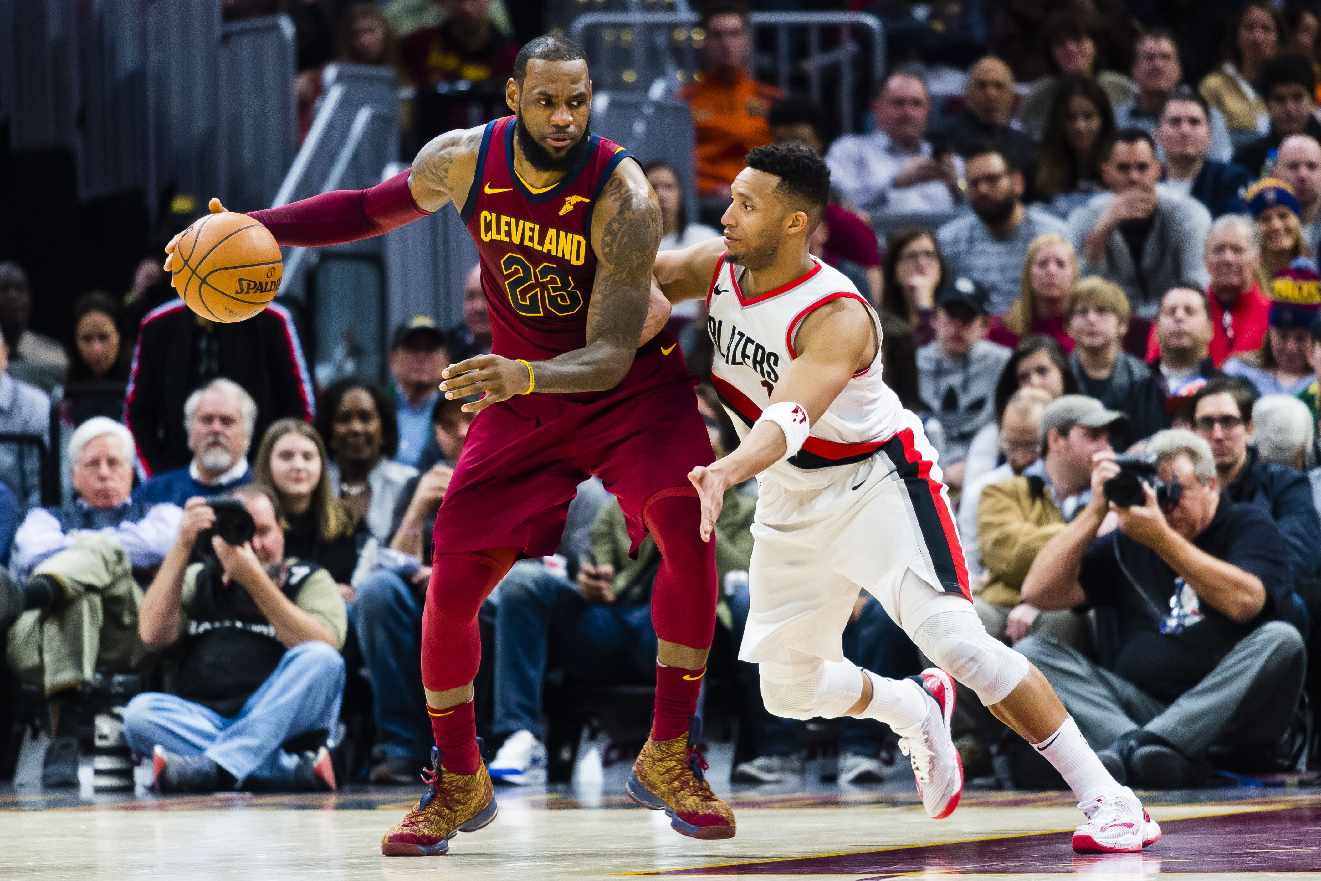 How has LeBron fared against the Portland Trail Blazers  fd1143a40