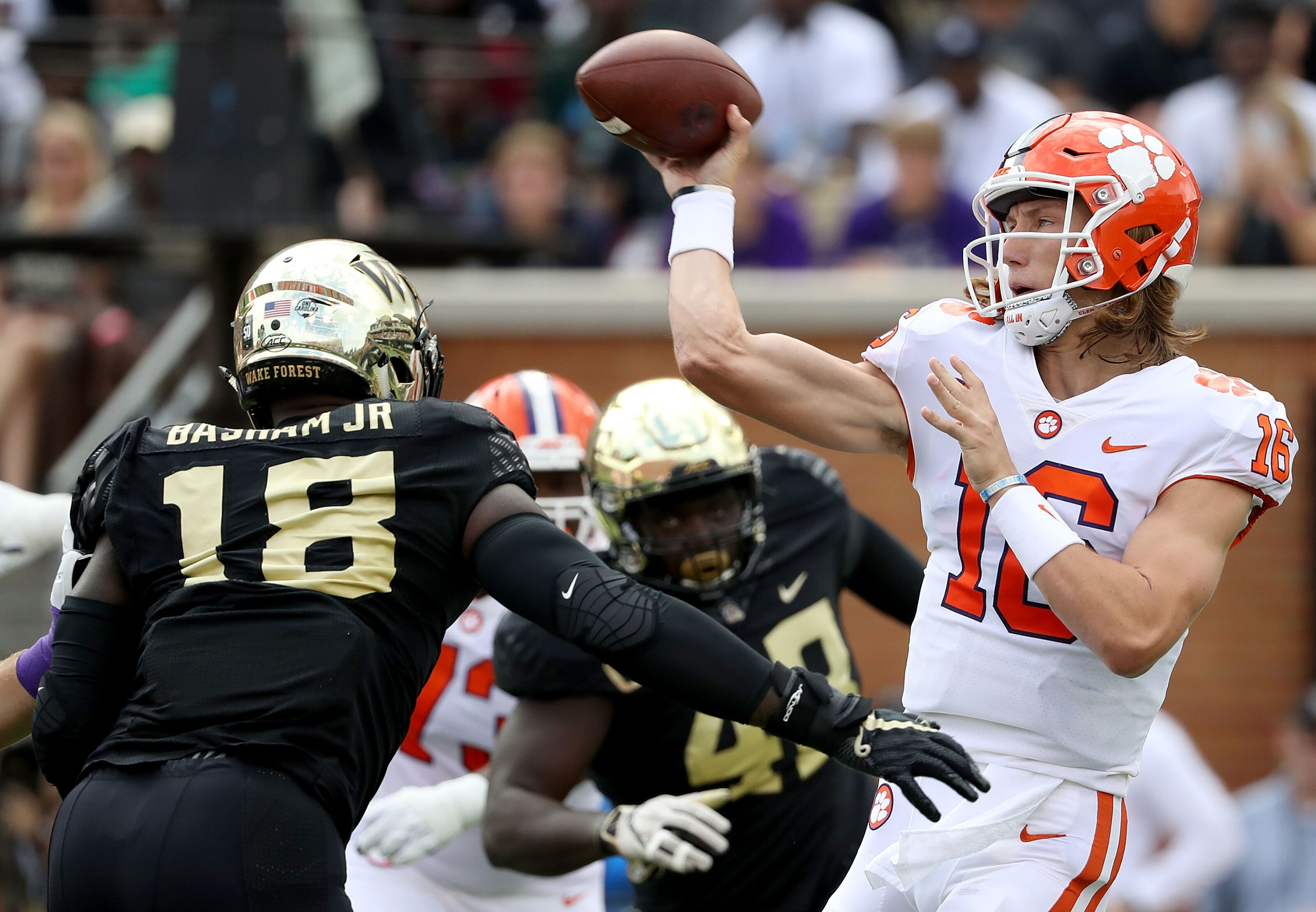 Clemson Football: Trevor Lawrence's midseason stats are unreal