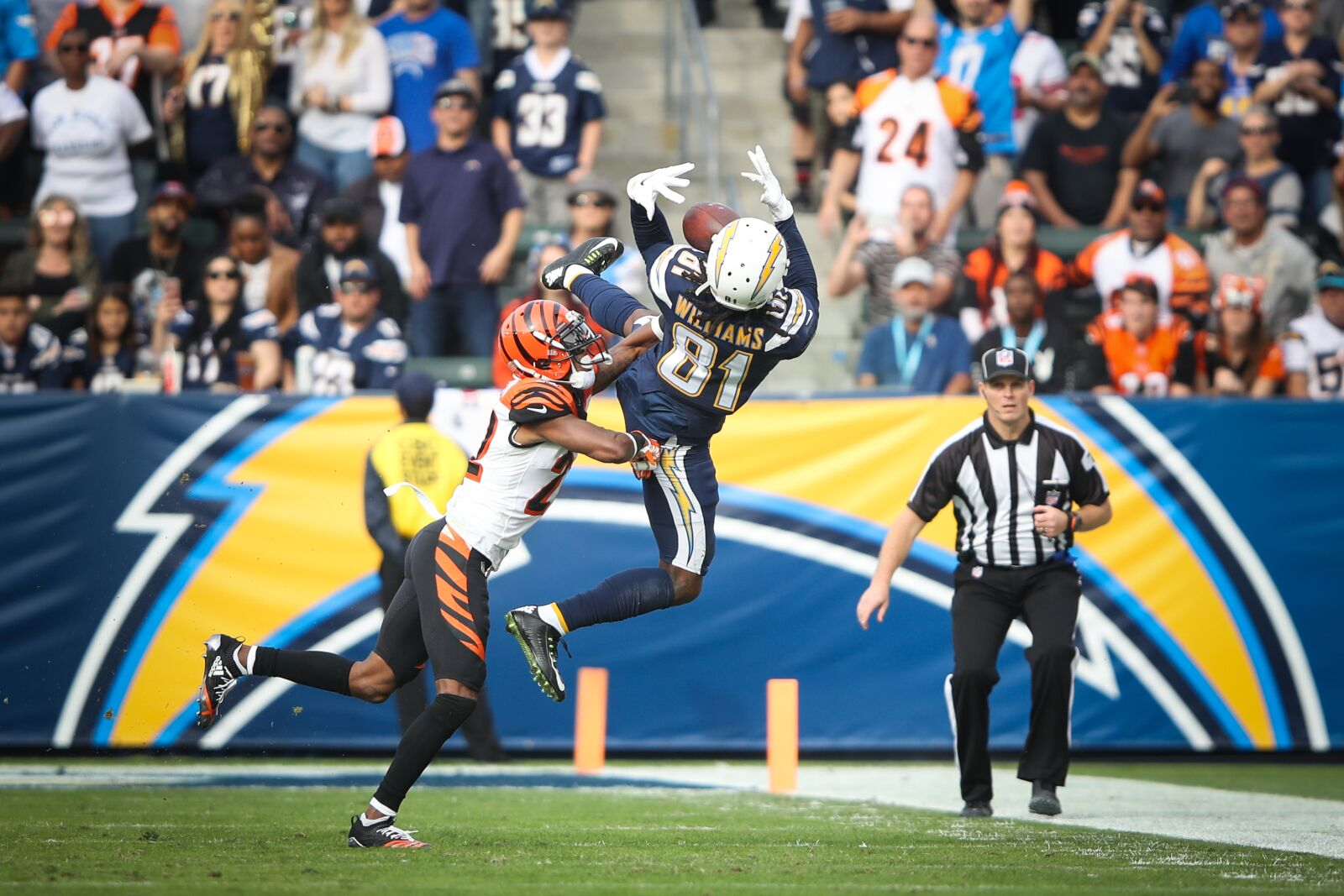 3b02c89f0 Clemson Football  Mike Williams putting on a show for LA Chargers