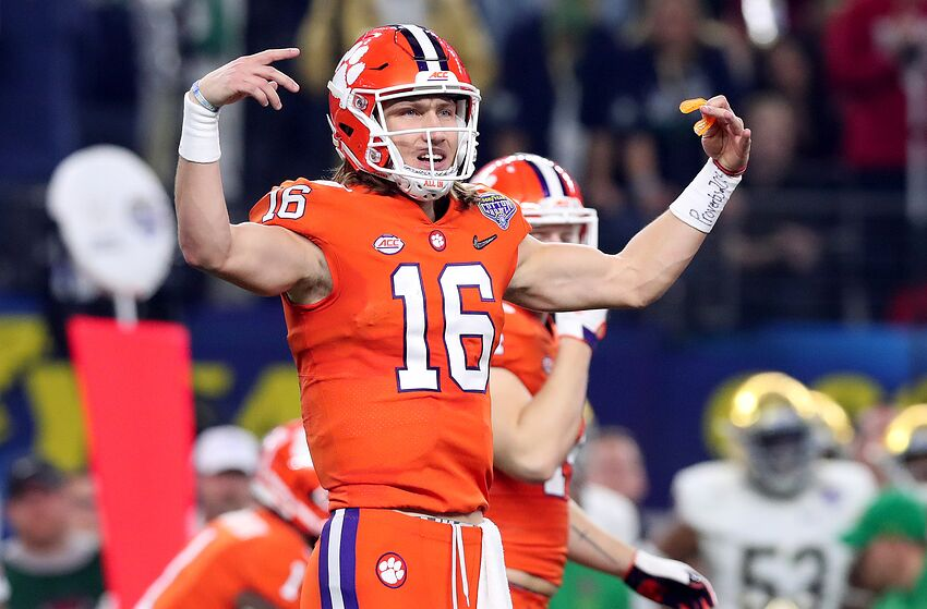 separation shoes 3dd70 6af59 Clemson Football: Are the Tigers targeting a QB in the 2021 ...