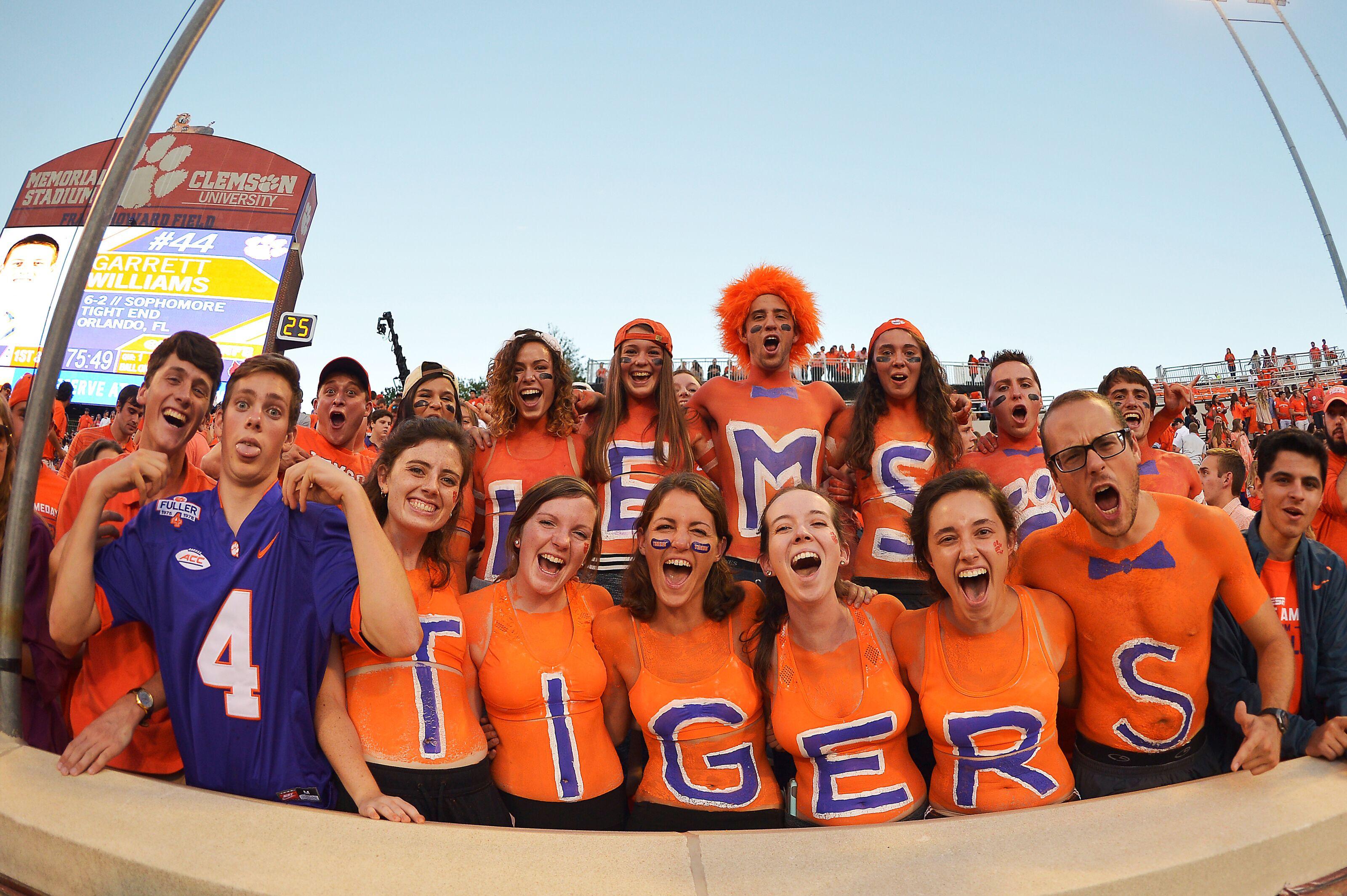Clemson Football Cardi B Wants Her Own Tiger Jersey