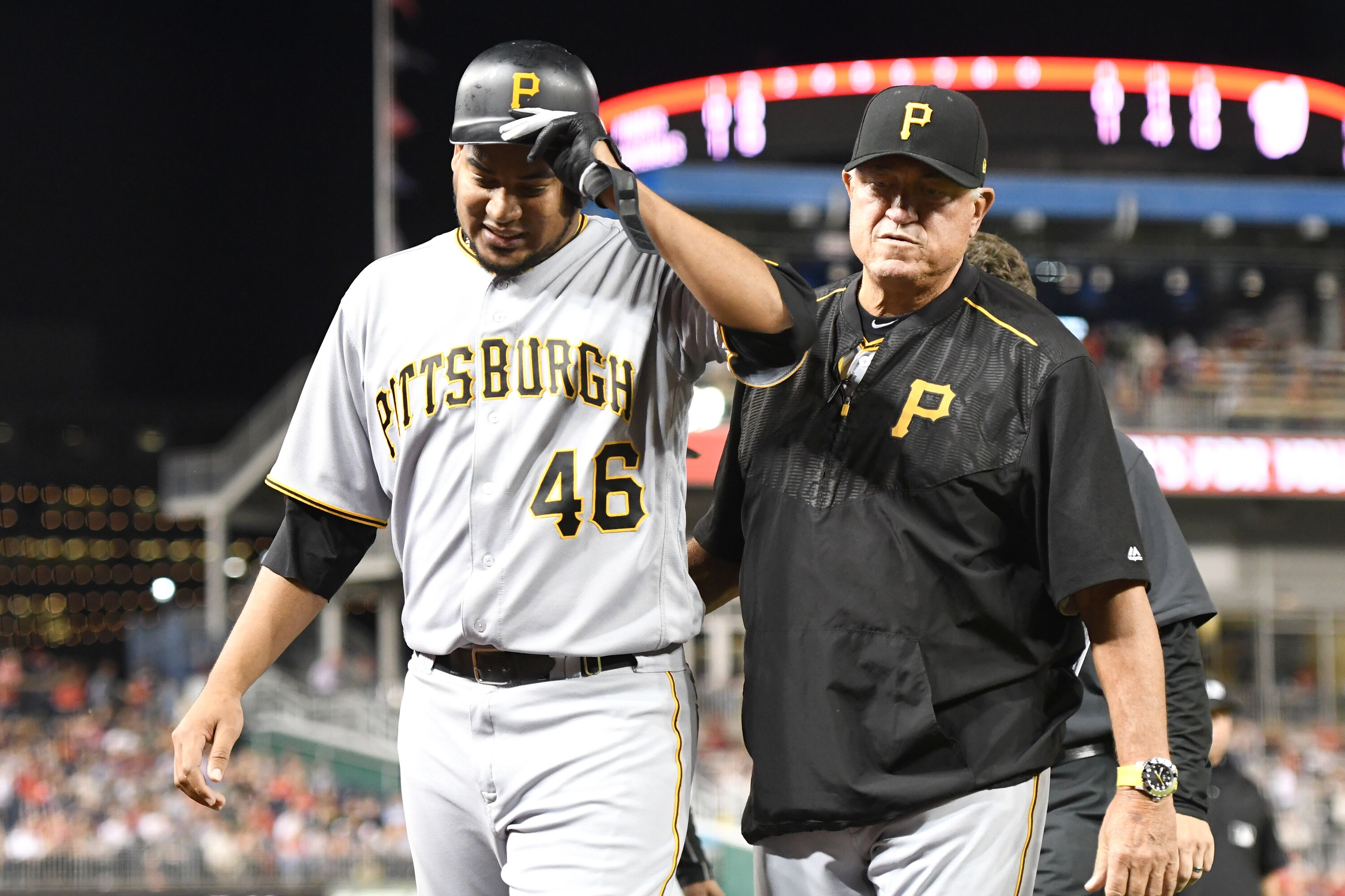 855295538-pittsburgh-pirates-v-washington-nationals.jpg