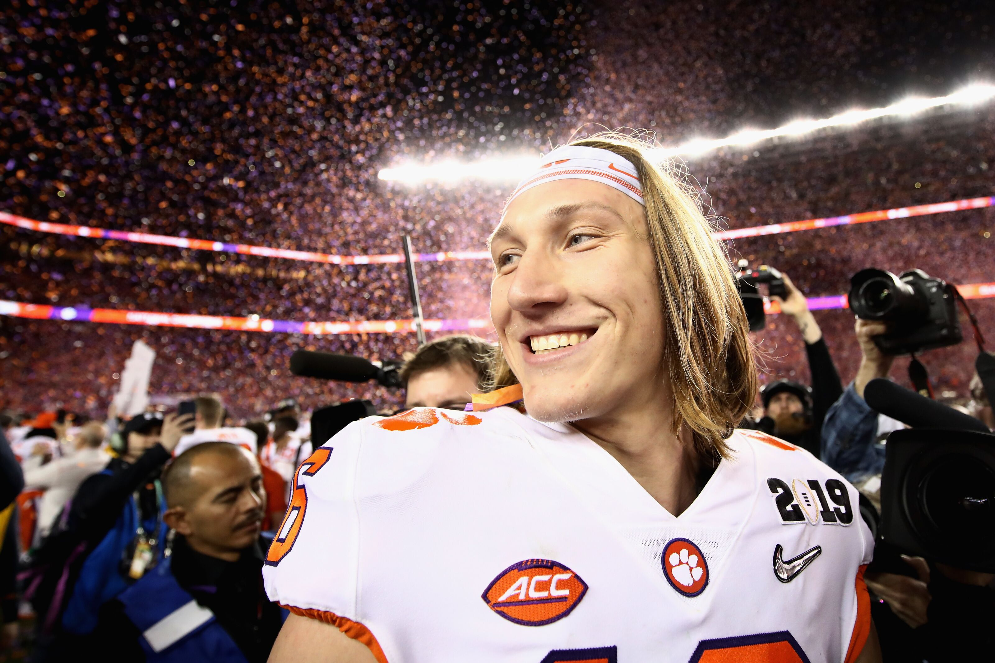 NCAA Football: 10 college football players who'd be next cover athletes