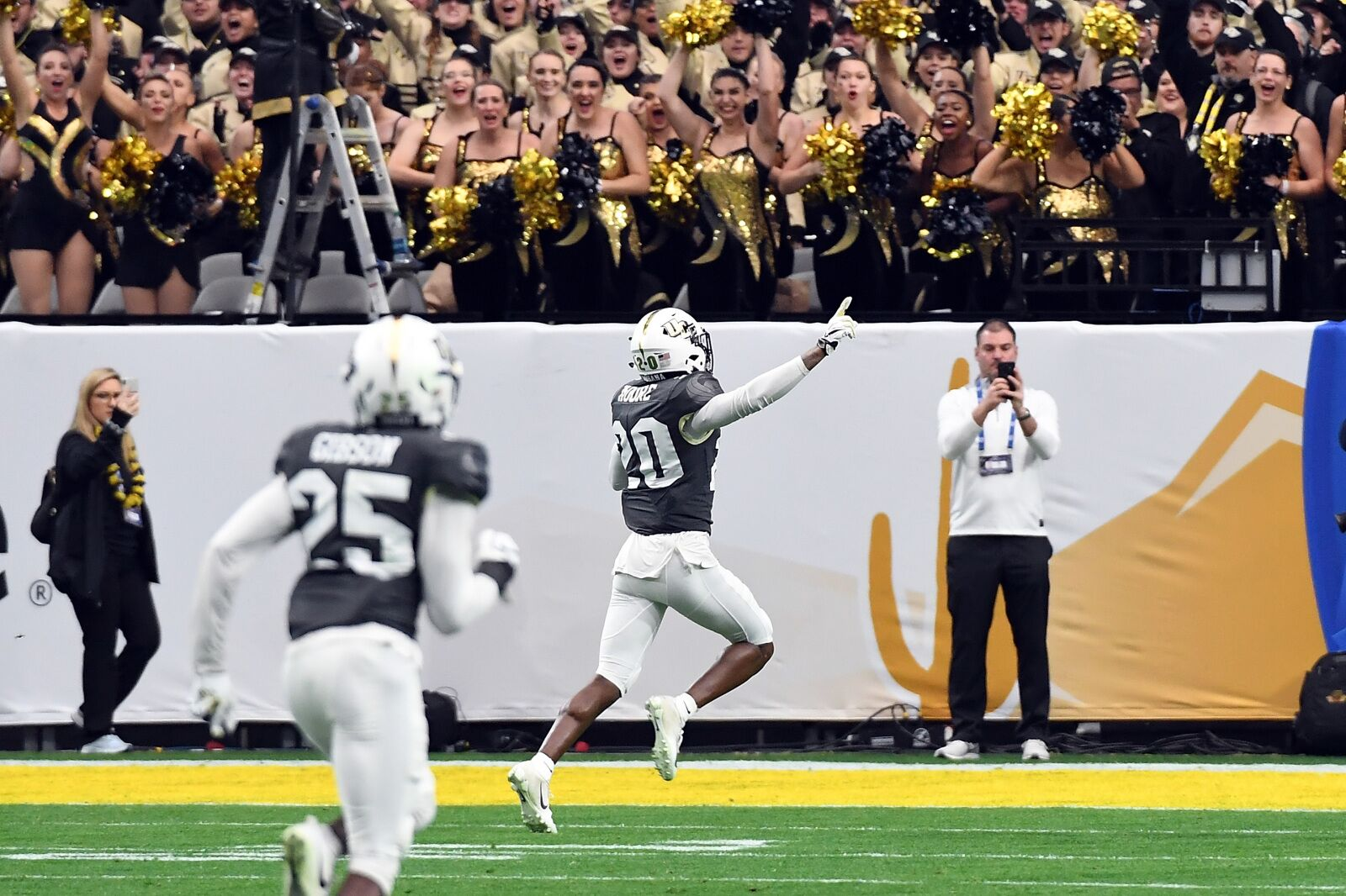 UCF Football: How will Brandon Moore's injury affect Knights?