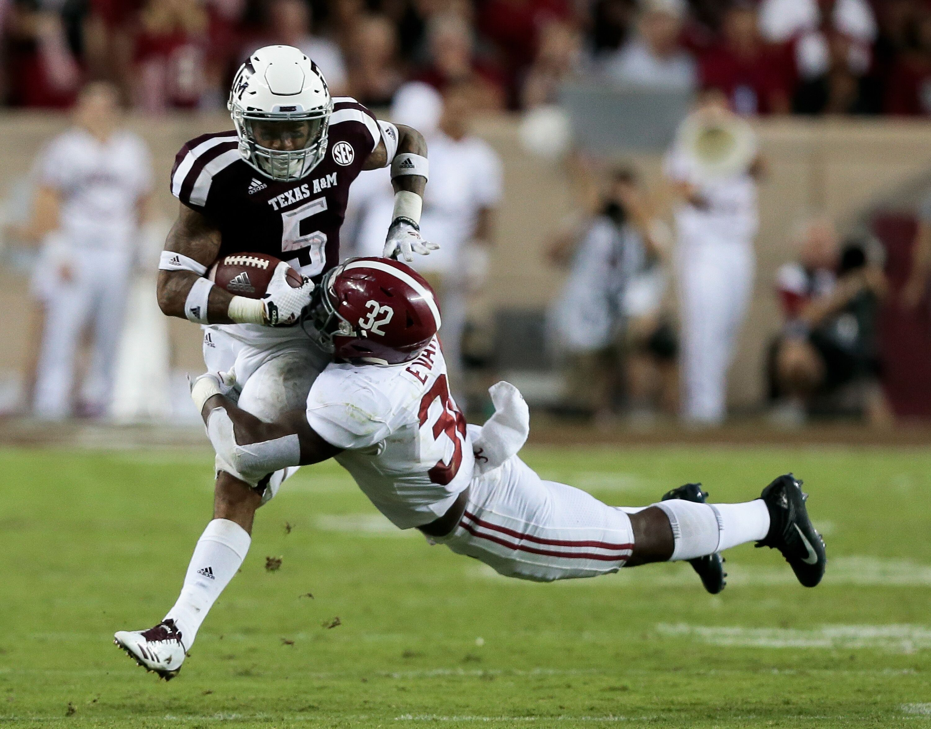 Texas A M Football Aggies Prove Themselves As Sec Contenders