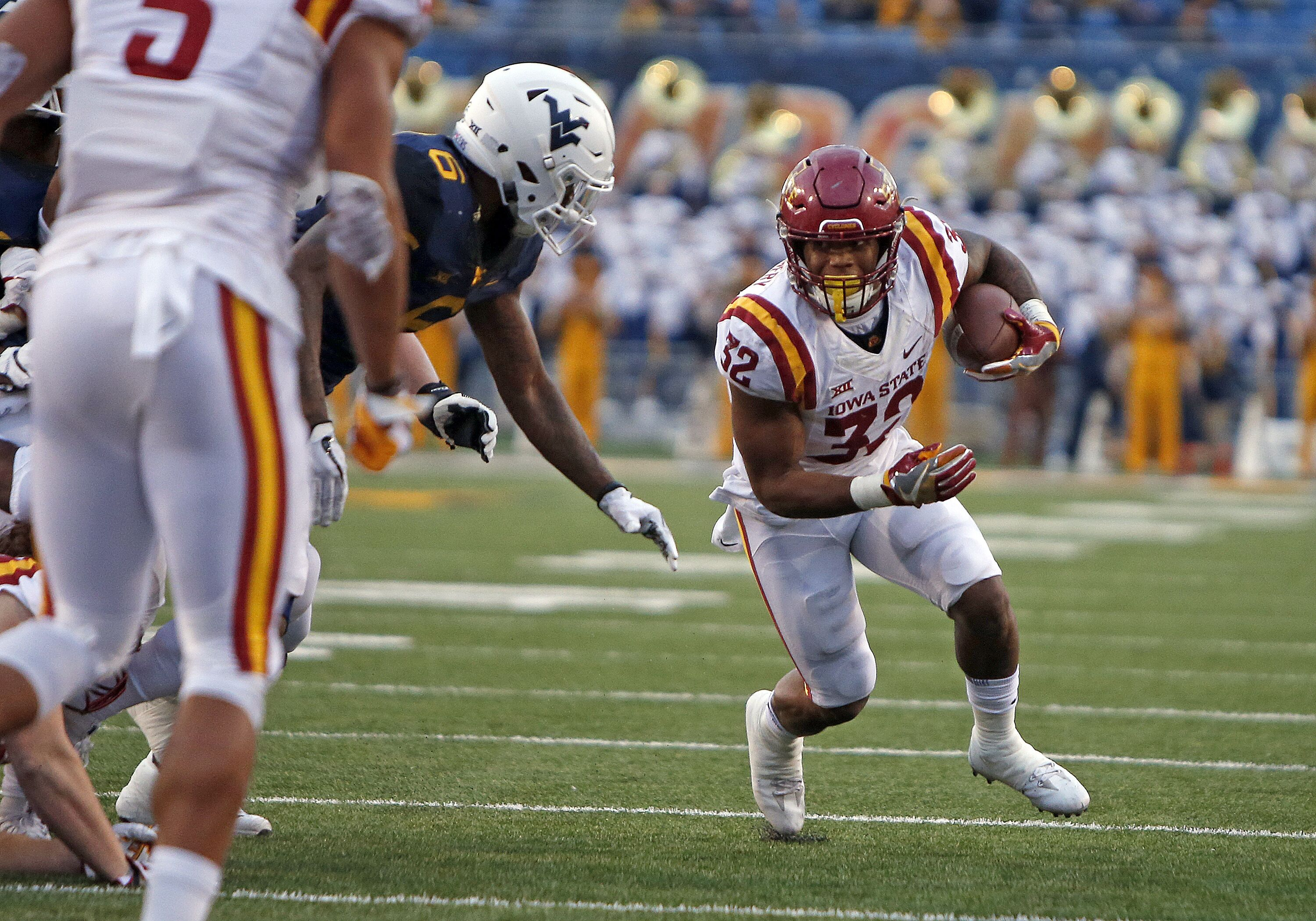 870245414-iowa-state-v-west-virginia.jpg