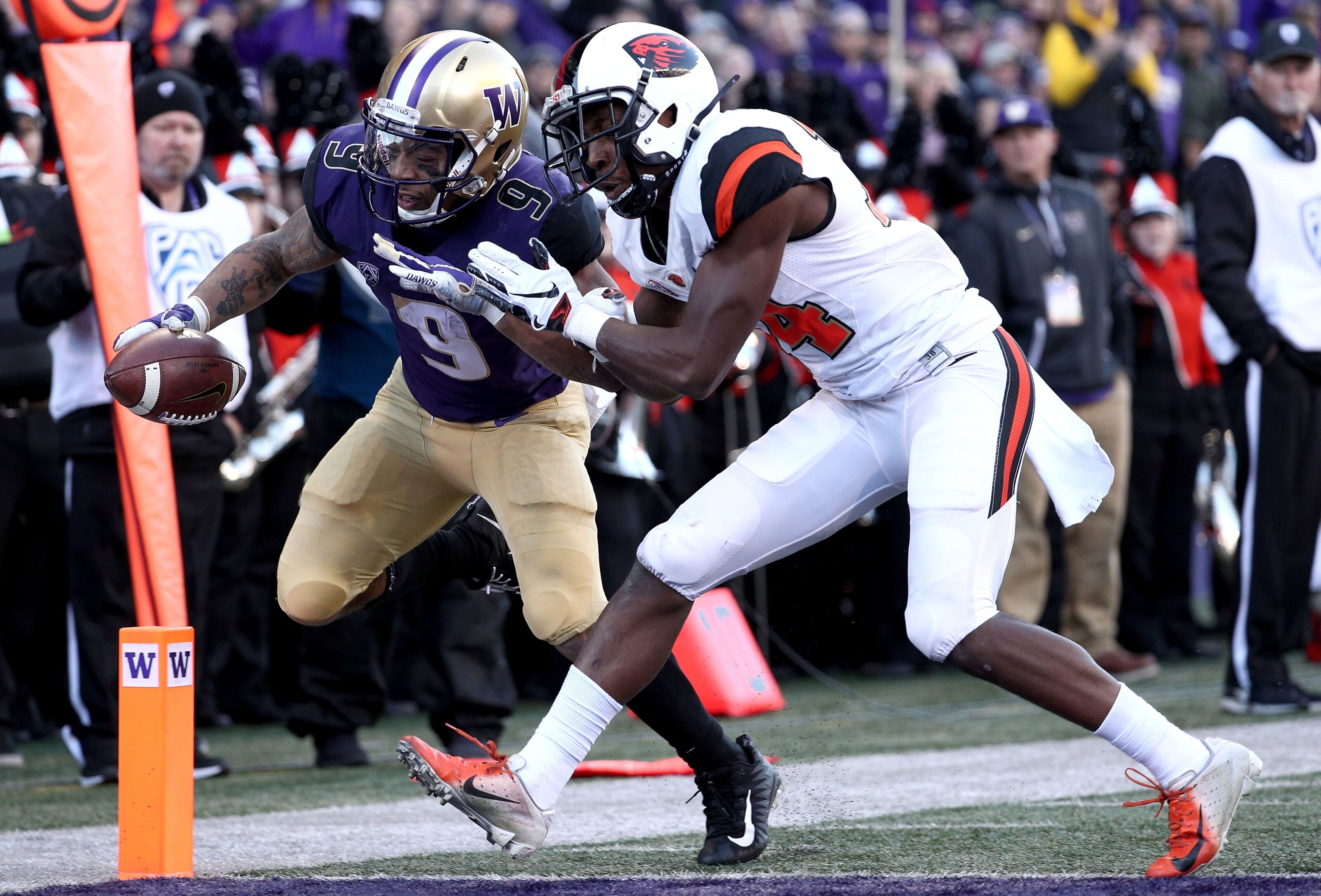 Washington football stays alive in Pac-12 North with win over Oregon State
