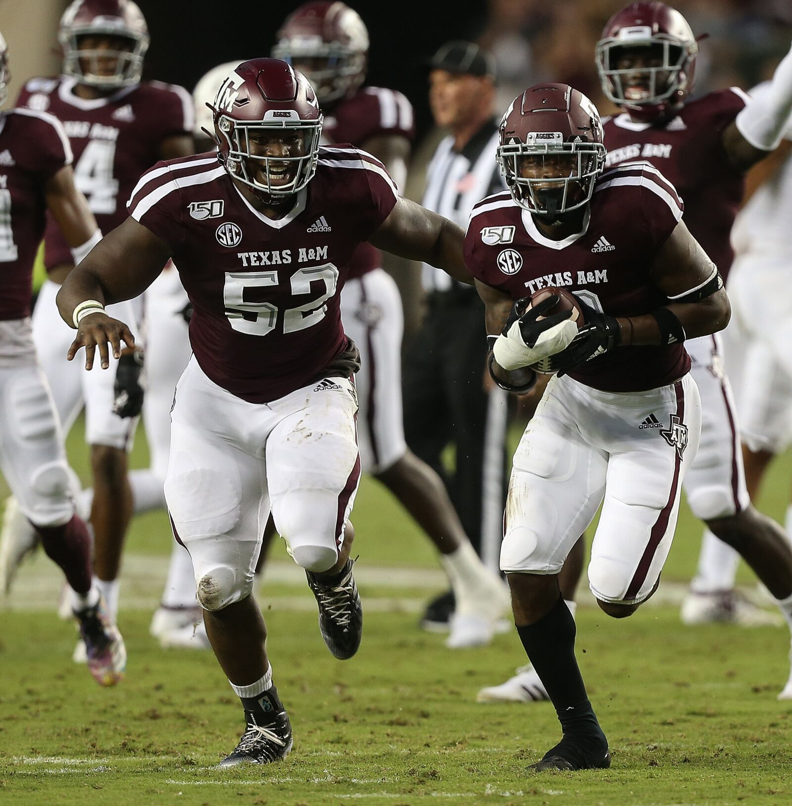 Texas A&M Football: How can Aggies replace Justin Madubuike?