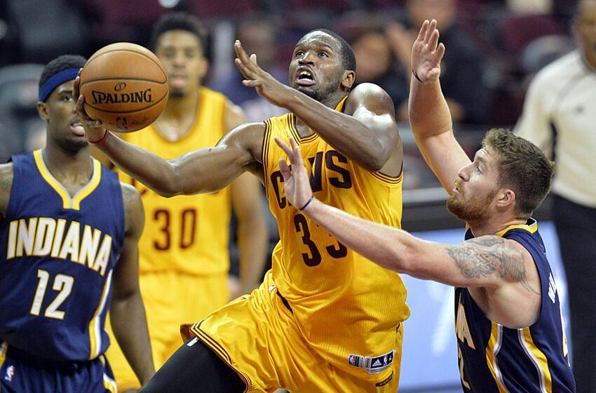 Dionte Christmas.Philadelphia 76ers Sign Former Temple University Star Dionte Christmas