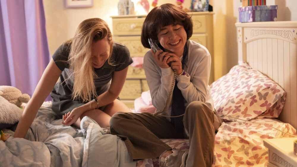 Hulu's PEN15: Season 1 review