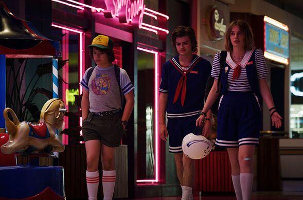 Netflix's Stranger Things season 3, episode 7 recap: The Bite